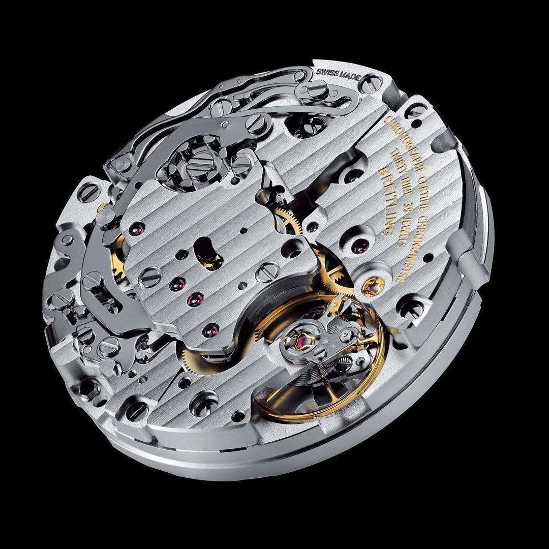 Breitling B09 calibre hand-wound chronograph AVI 765