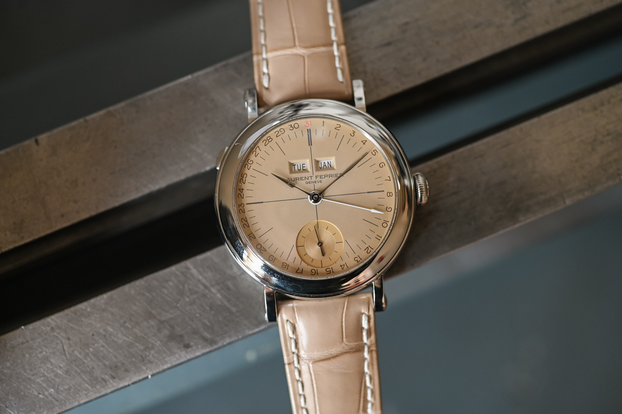 Laurent Ferrier Galet Annual Calendar Vintage - Opaline Yellow Gold Dial