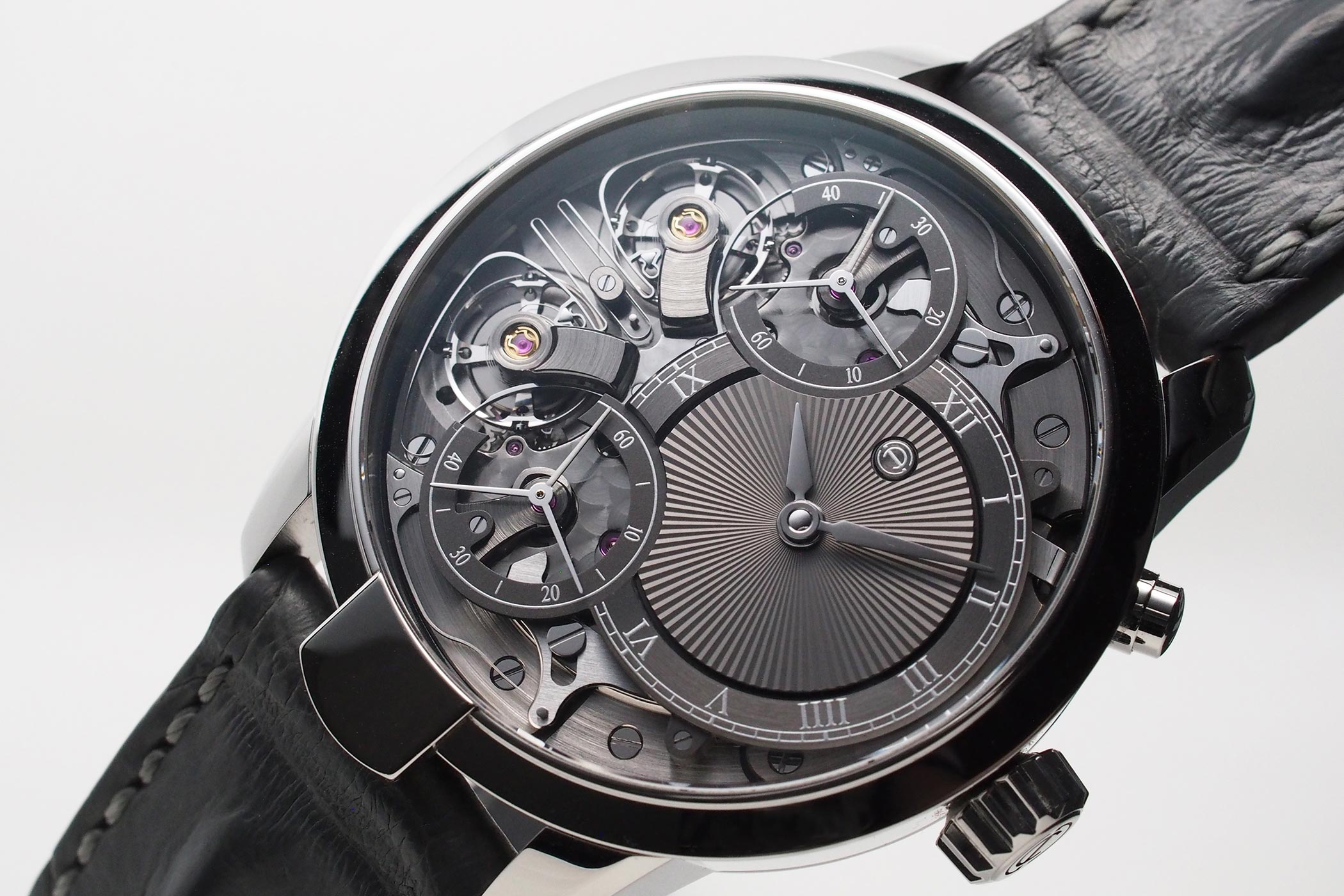 Armin Strom Resonance Voutliainen guilloche dial