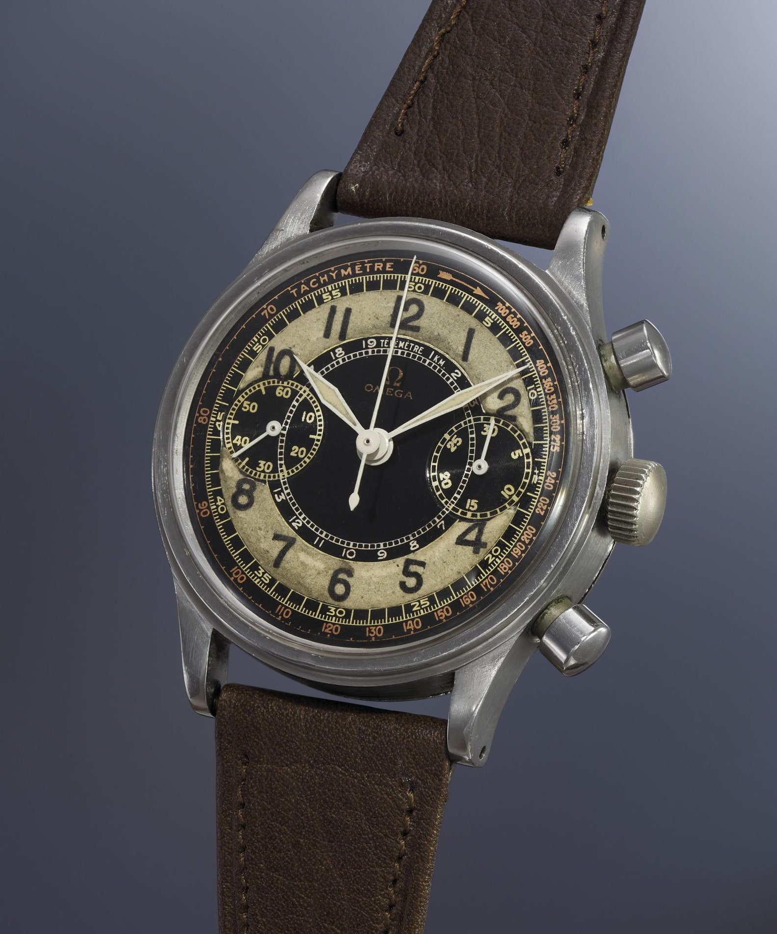 Vintage Omega Chronograph 33.3 CHRO - Image by Phillips Watches