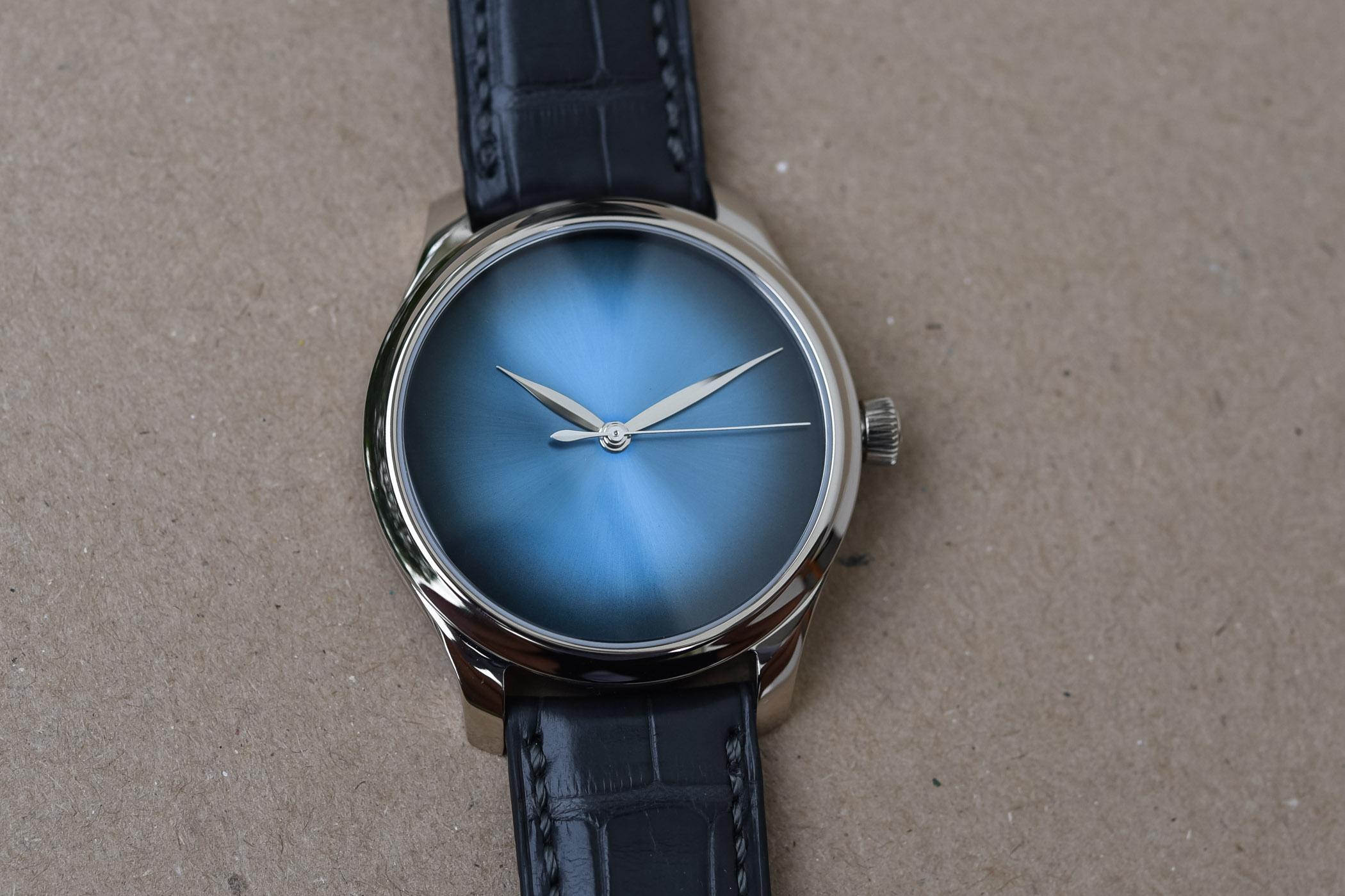 H Moser Cie Endeavour Centre Seconds Concept Funky Blue - 5