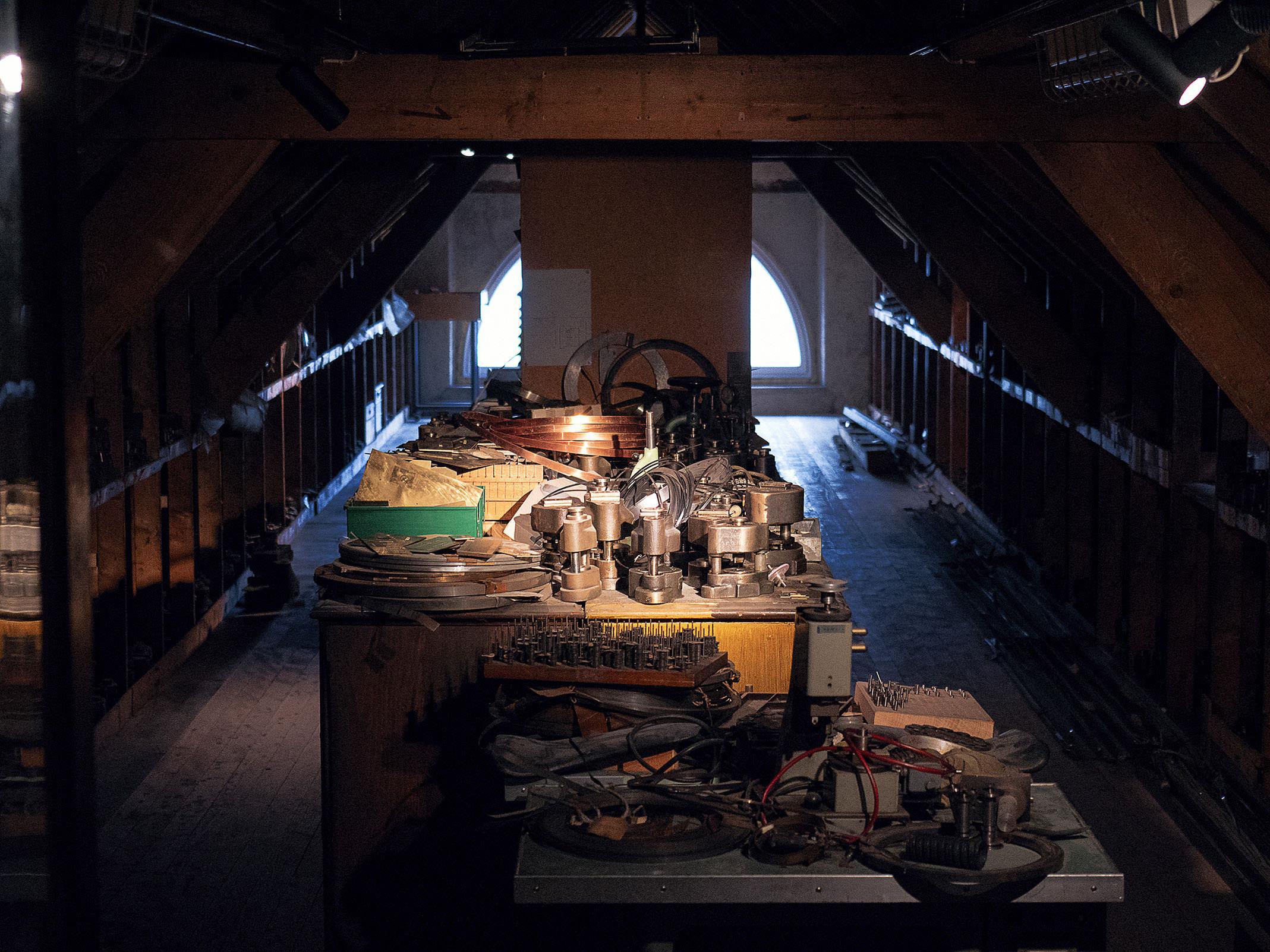 Zenith manufacture attic grenier Charles Vermot El Primero - 1