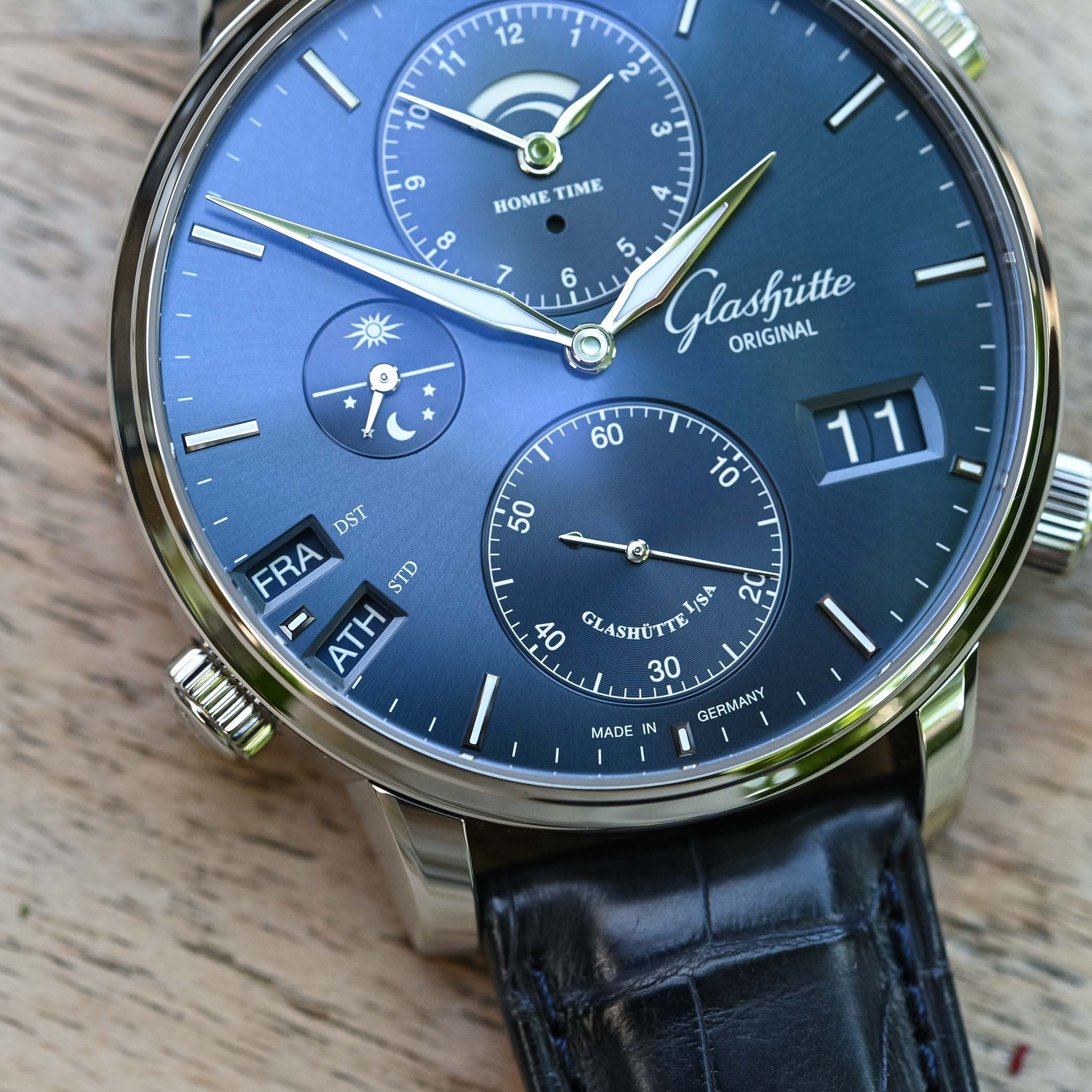 Glashutte Original Senator Cosmopolite Midnight Blue