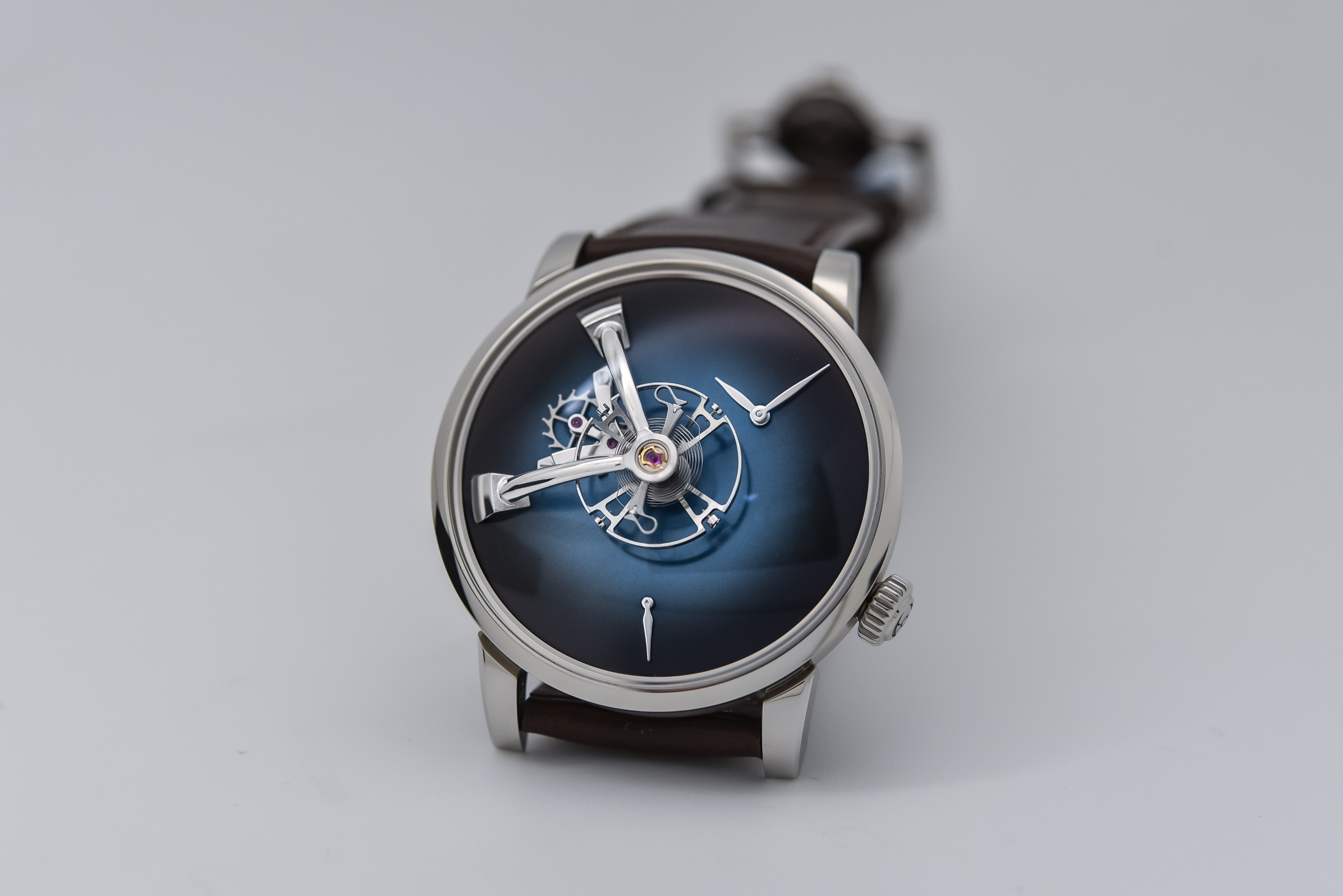 MB&F x H. Moser Cie LM101 Fume Dial