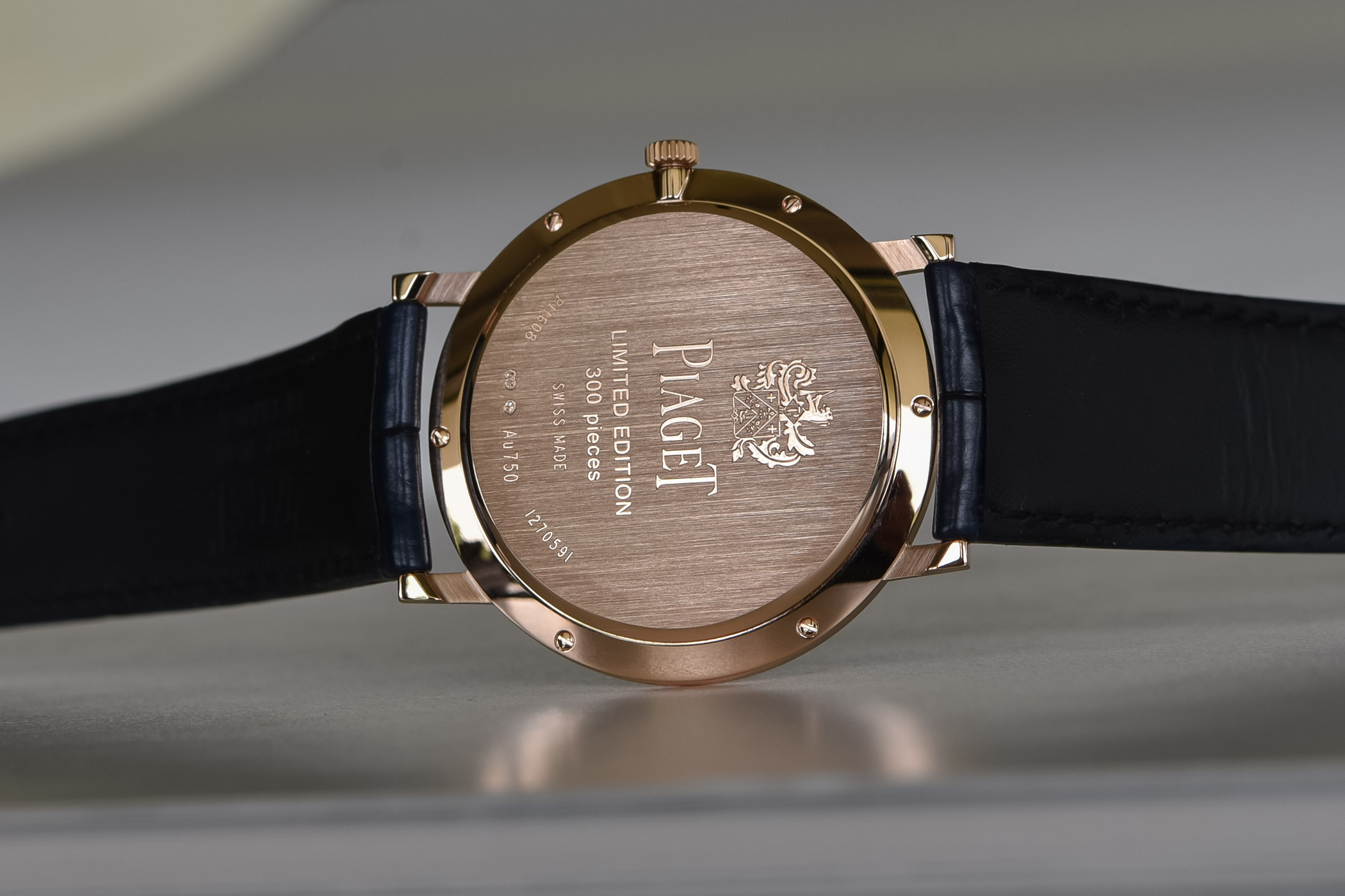 2020 Piaget Altiplano 38mm Hand-Wound blue dial pink gold G0A45050