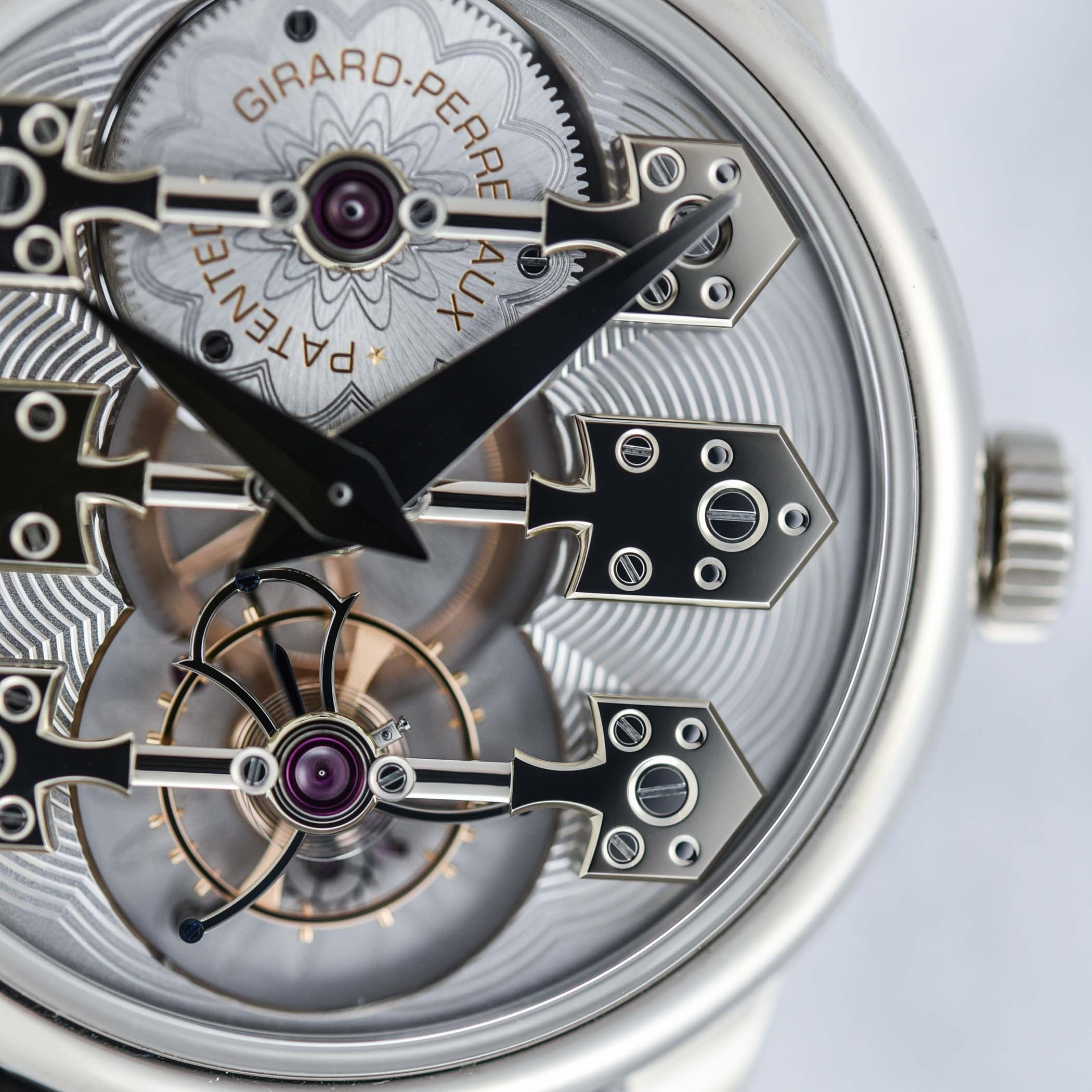 Girard-Perregaux La Esmeralda Tourbillon With Three Gold Bridges