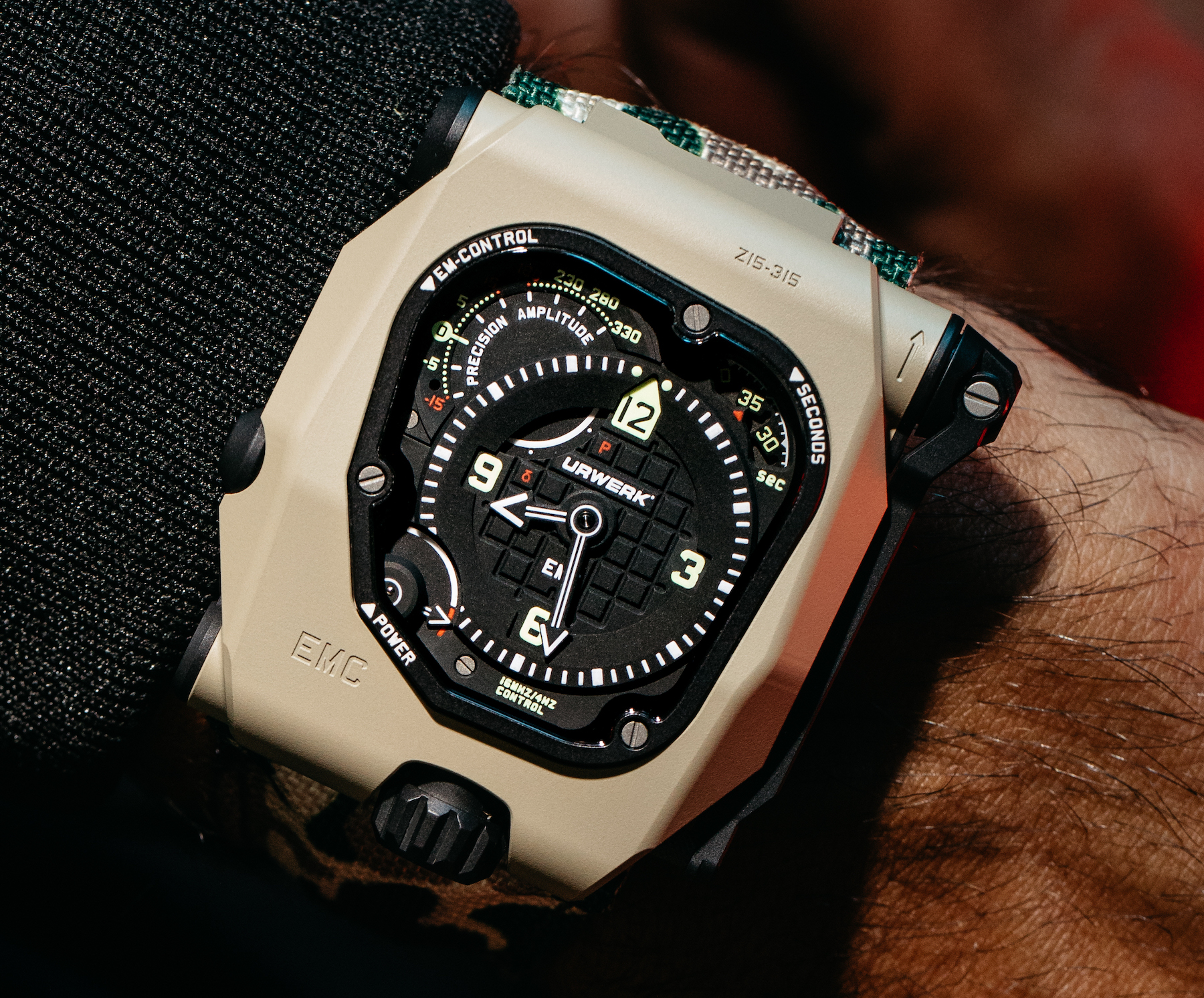 Urwerk EMC Time Hunter Desert Sage