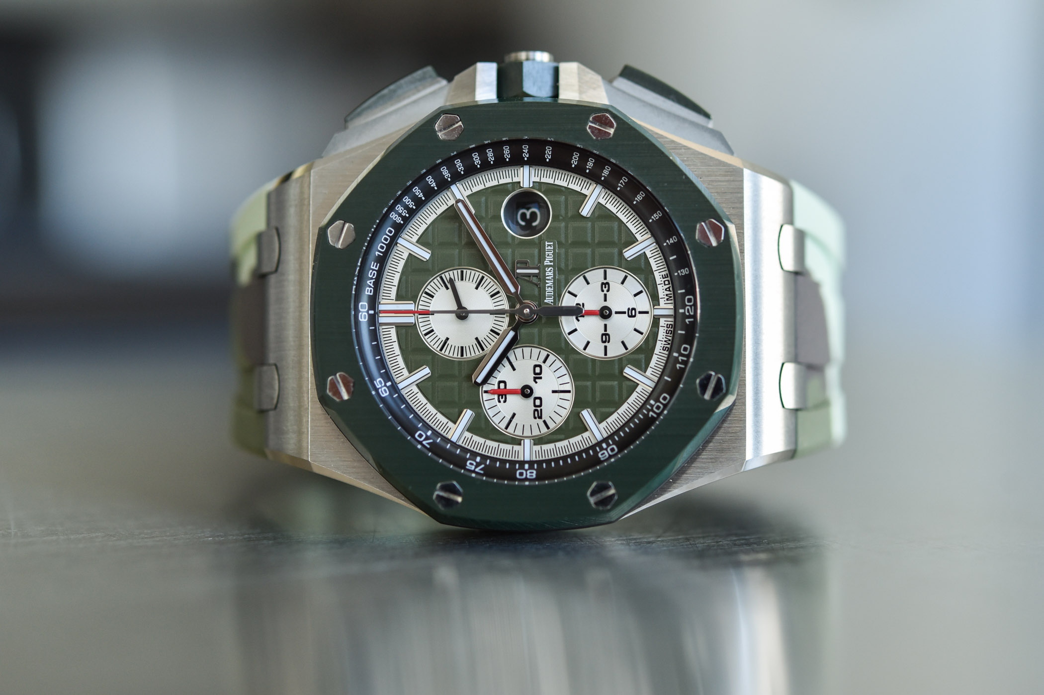 Audemars Piguet Royal Oak Offshore Selfwinding Chronograph 44mm Camo 26400SO - 1