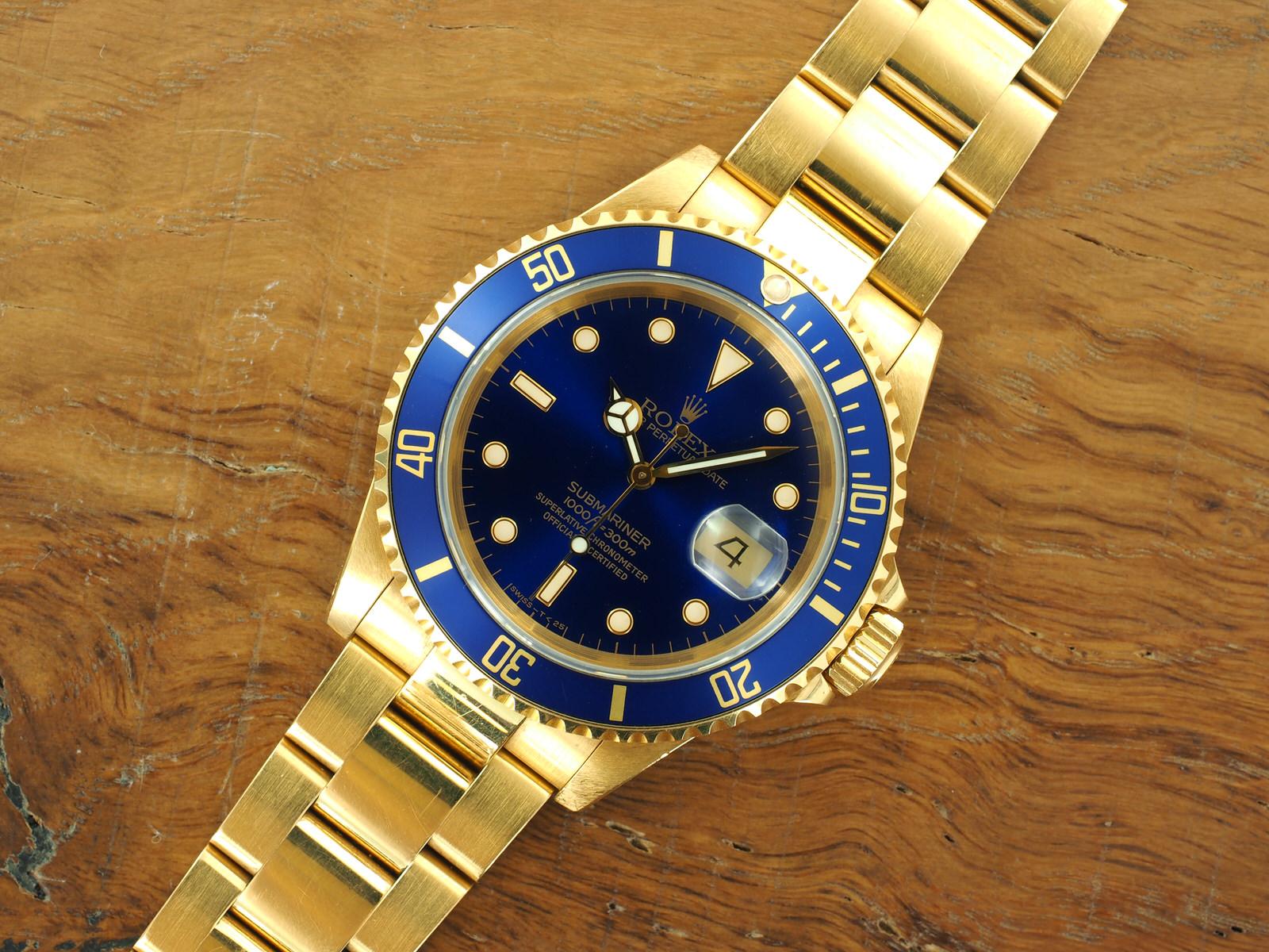 Rolex Submariner 16618 gold