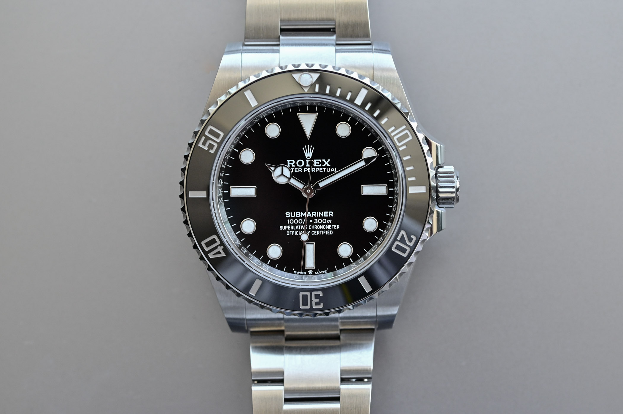 Rolex Submariner 41mm 124060 no-date Steel 2020 - new case detail