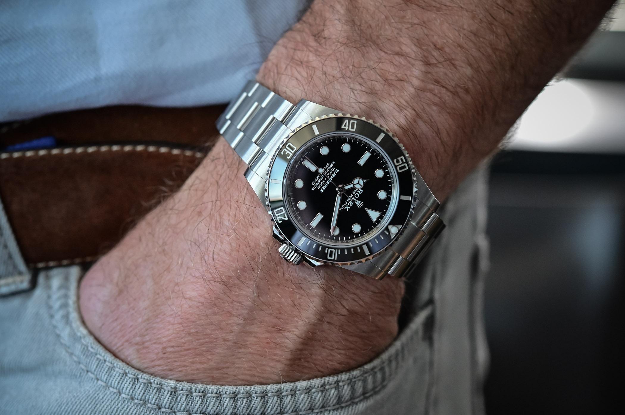 Rolex Submariner 41mm 124060 no-date Steel 2020 - wristshot lifestyle
