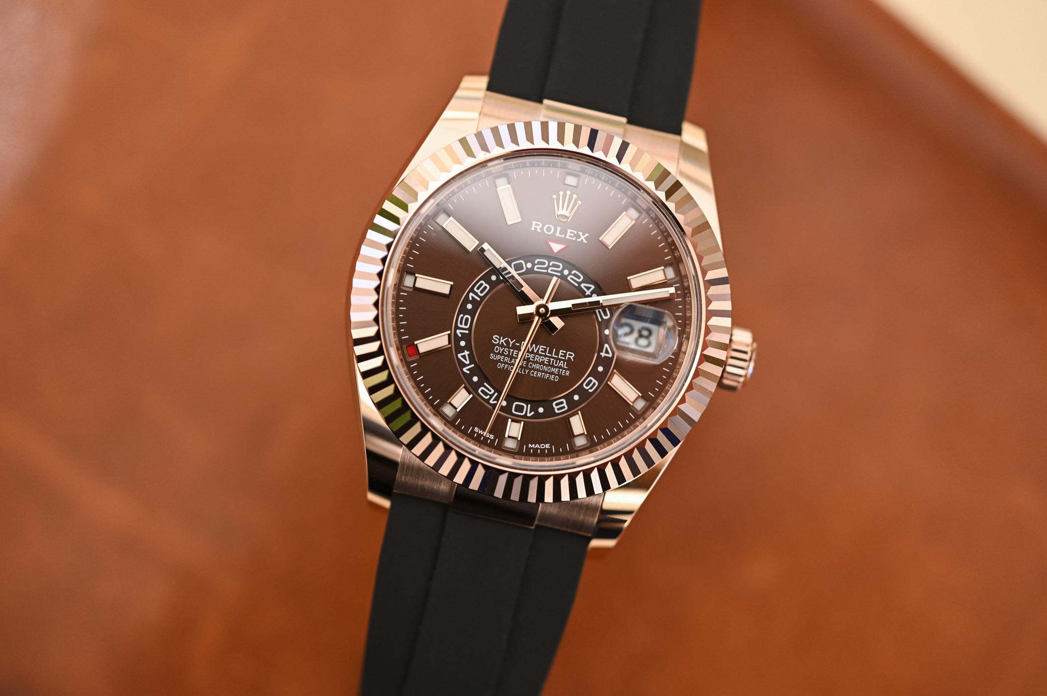 Rolex Sky-Dweller Oysterflex Bracelet Everose Gold Chocolate Dial 326235 - 1