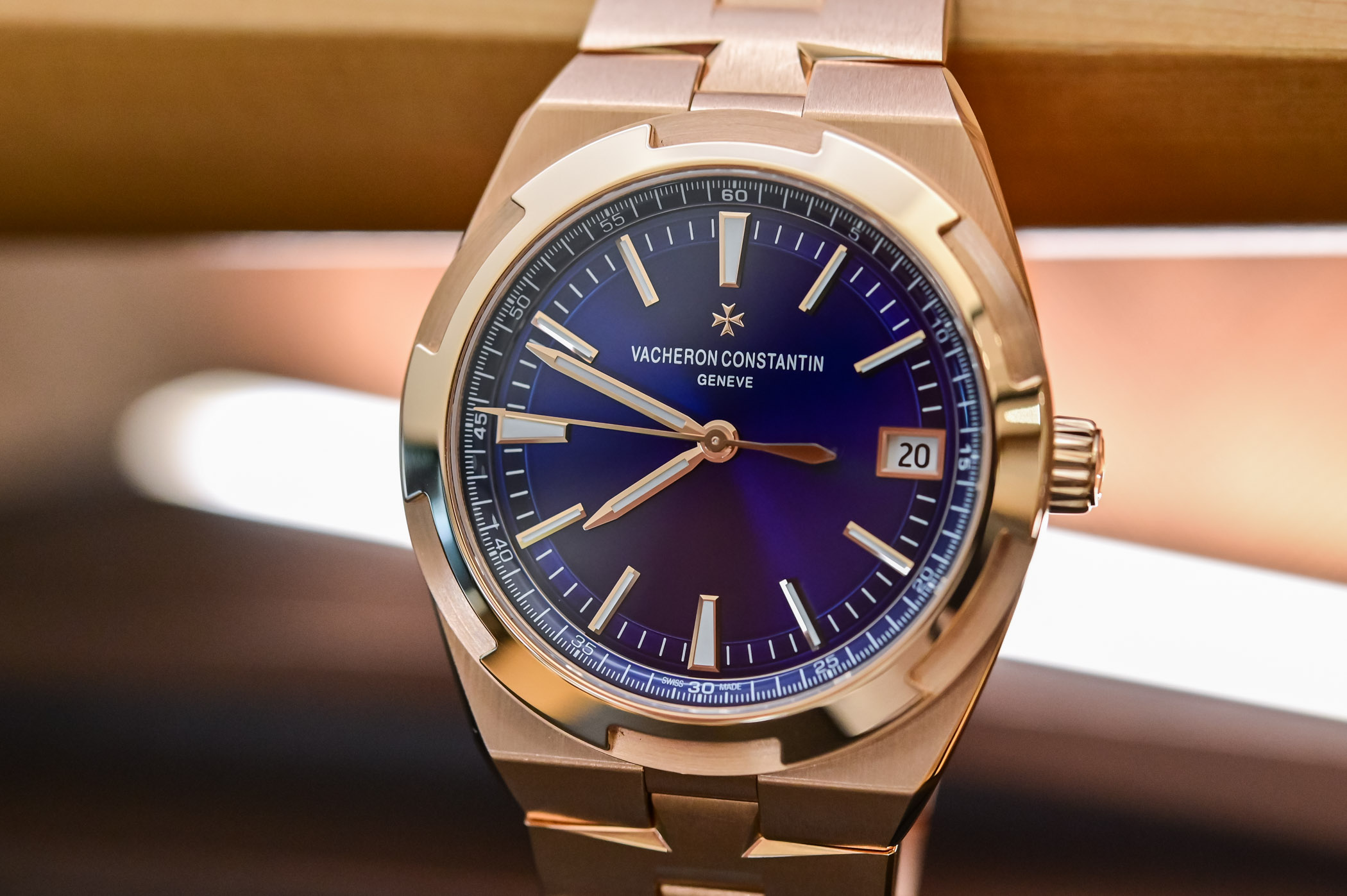 Vacheron Constantin Overseas Self-Winding 4500V Pink Gold Blue Dial