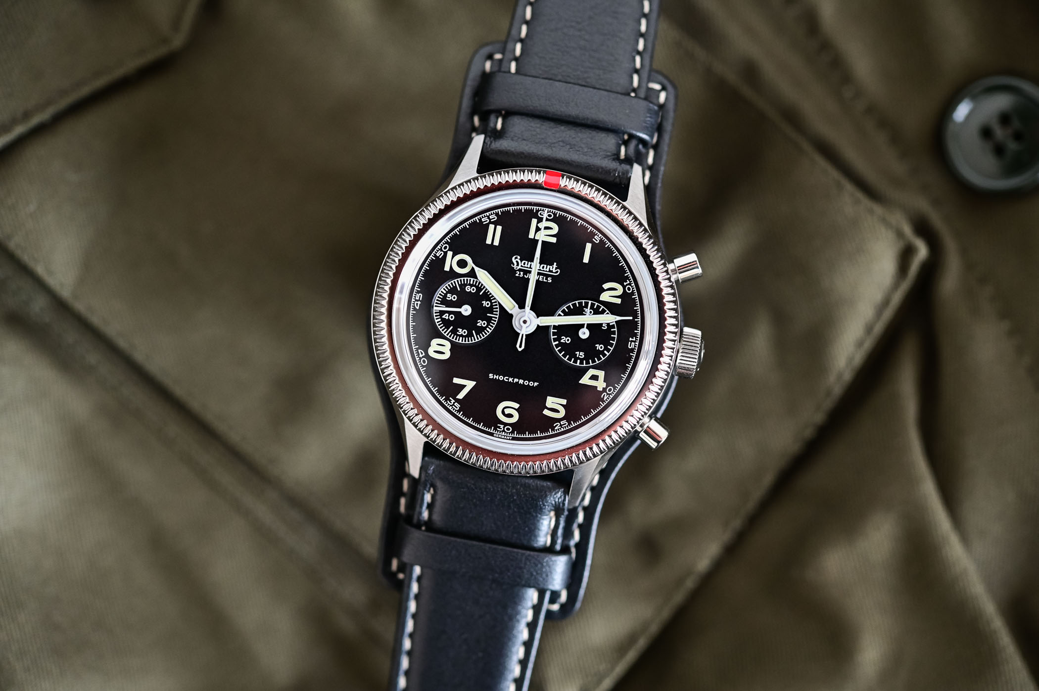 Review - The Hanhart 417 ES Reissue Pilots Chronograph - Specs & Price
