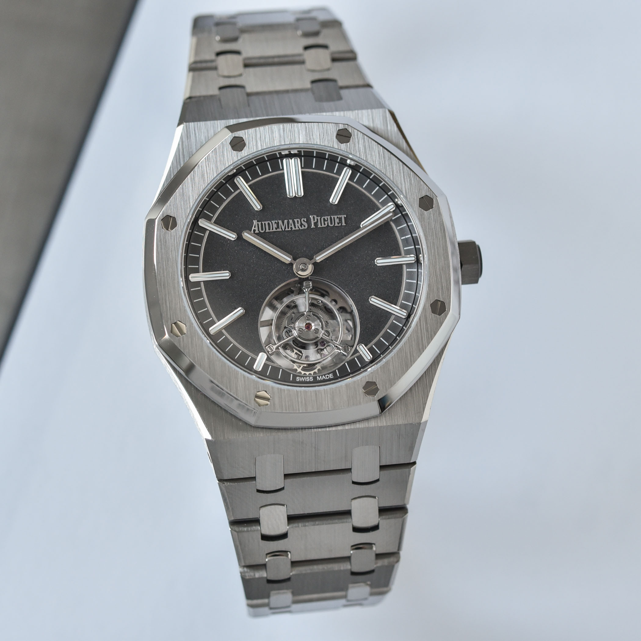 Audemars Piguet Royal Oak Selfwinding Flying Tourbillon 41mm Titanium 26530TI.OO.1220TI.01