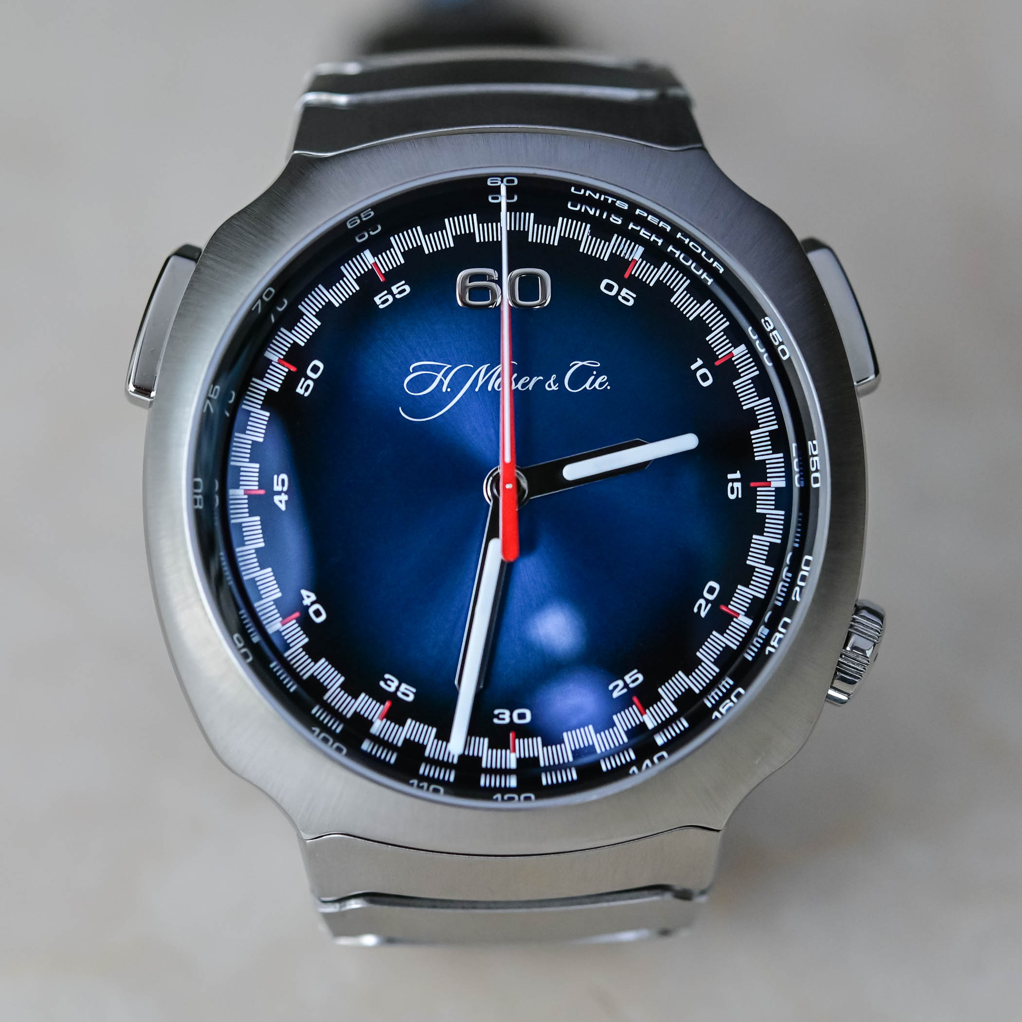 H. Moser & Cie. Streamliner Flyback Chronograph Automatic Funky Blue dial