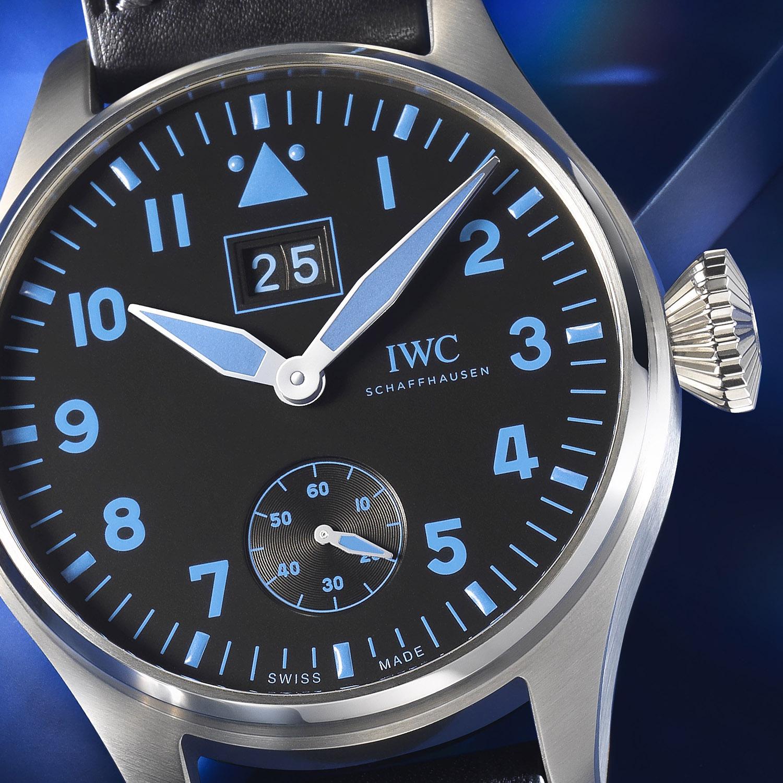 IWC Big Pilot's Watch Big Date Bucherer BLUE IW5105