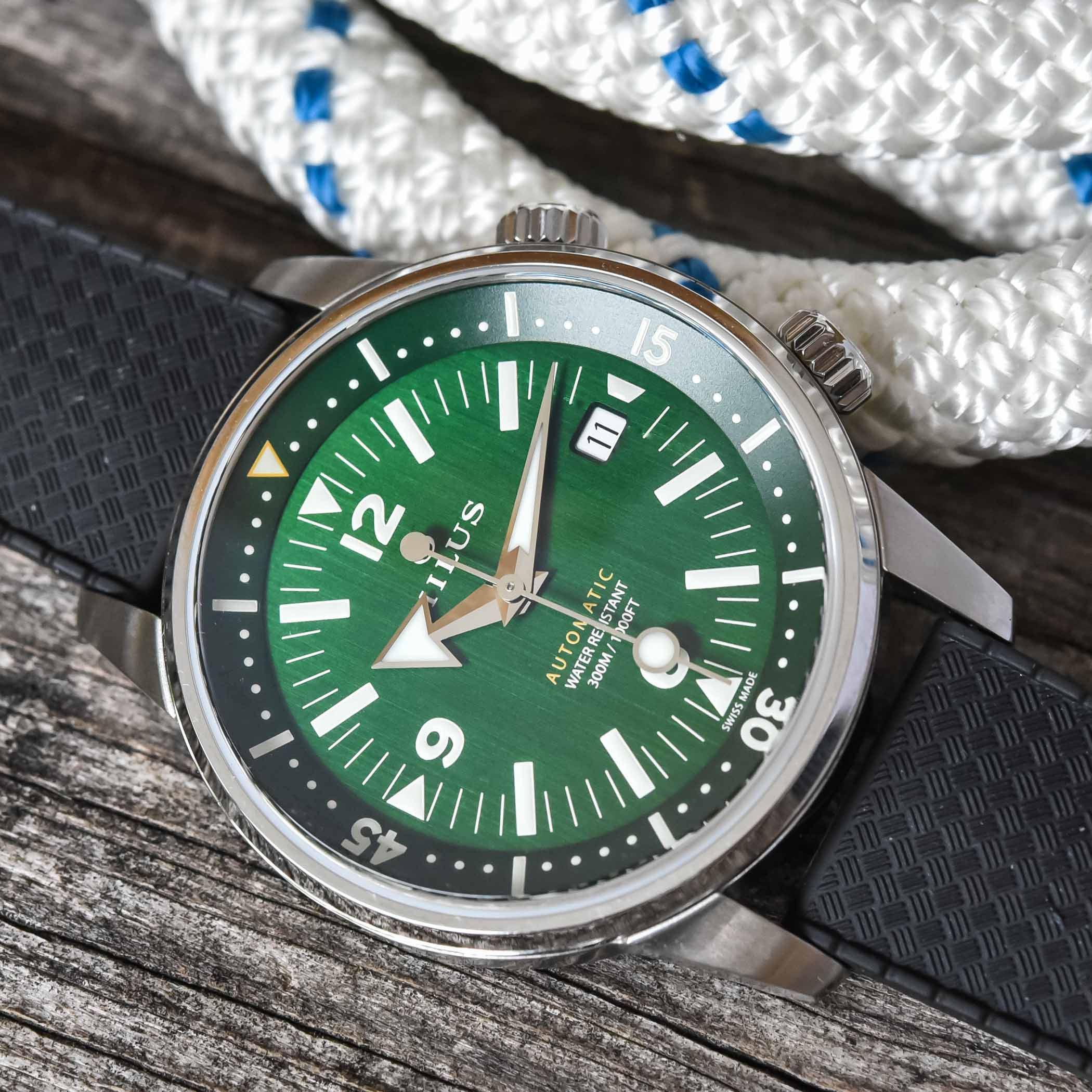 Milus Archimedes Wild Green compressor dive watch