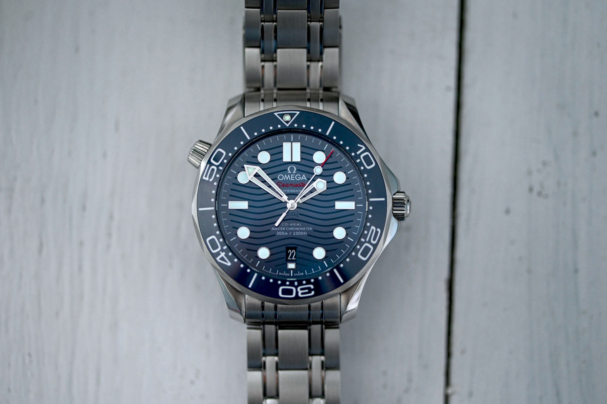 Omega Seamaster Diver 300M Master Chronometer video watch review