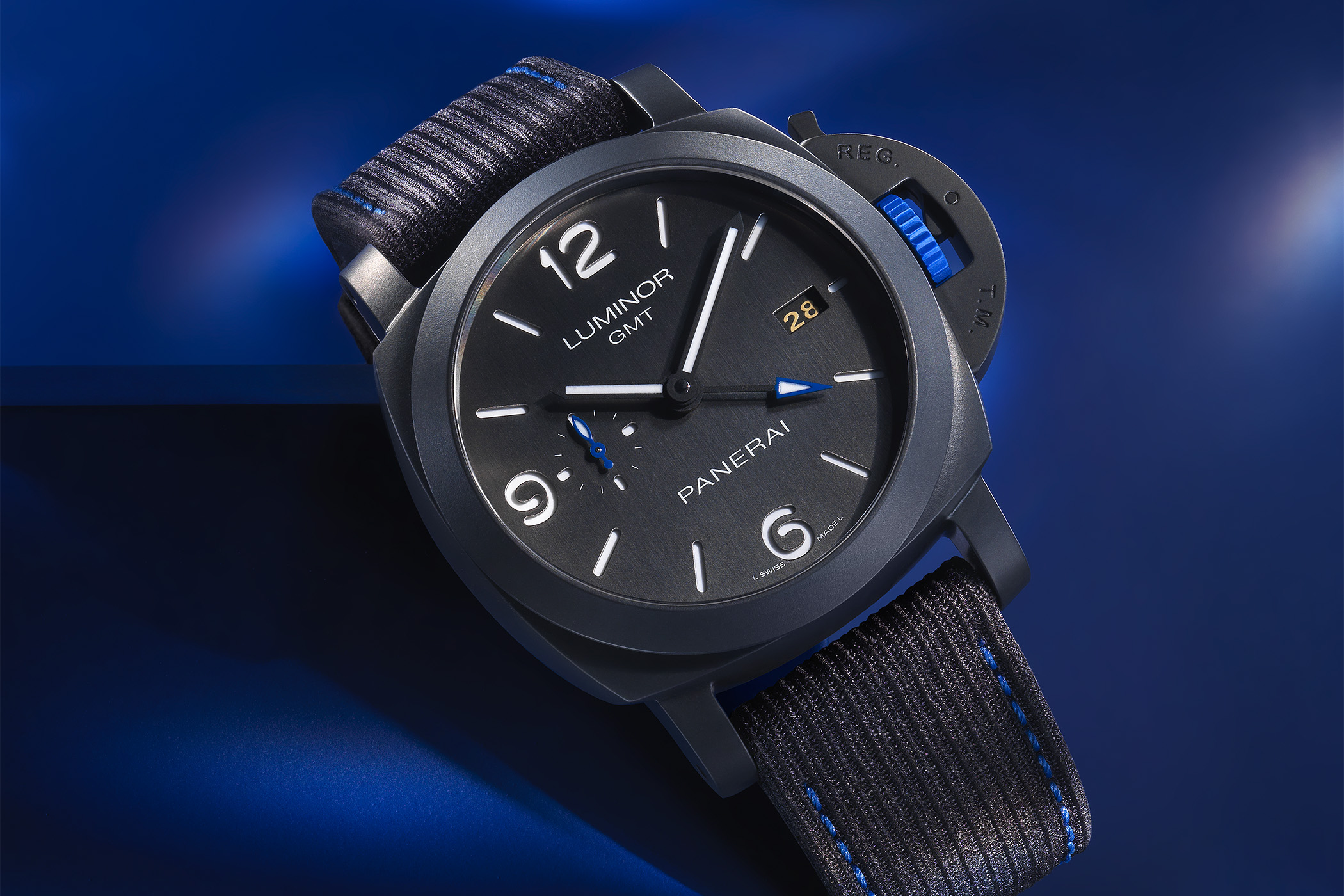 PAM01176 Panerai Luminor GMT Bucherer BLUE