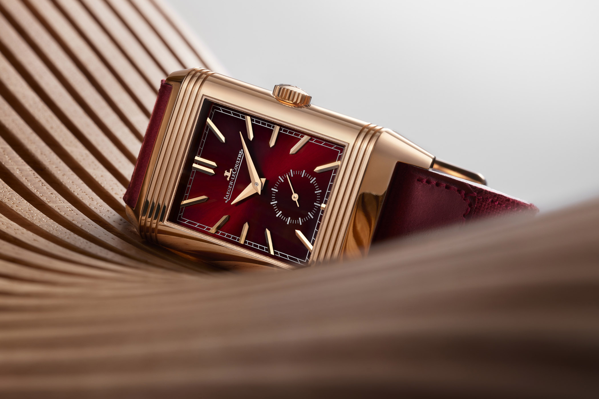 Jaeger LeCoultre Reverso Tribute DuoFace Fagliano Burgundy Limited Q398256J