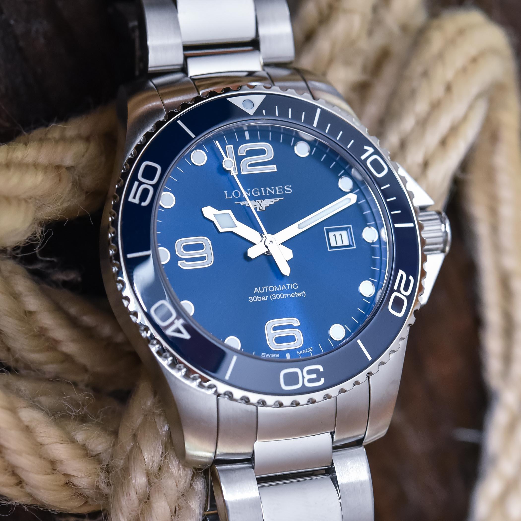 Longines HydroConquest 43mm blue dial ceramic bezel - L3.782.4.96.6
