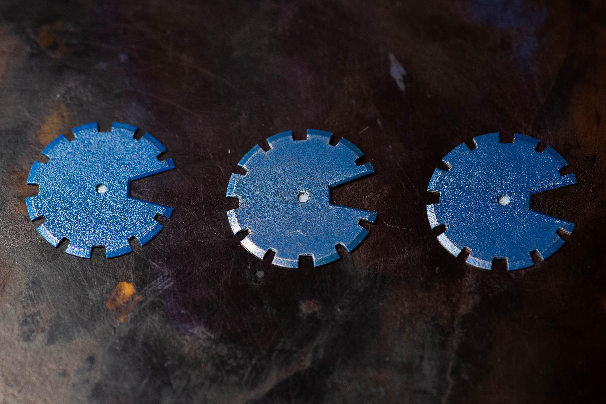 Minase Divido Deep Blue Urushi Silver Maki-E dial