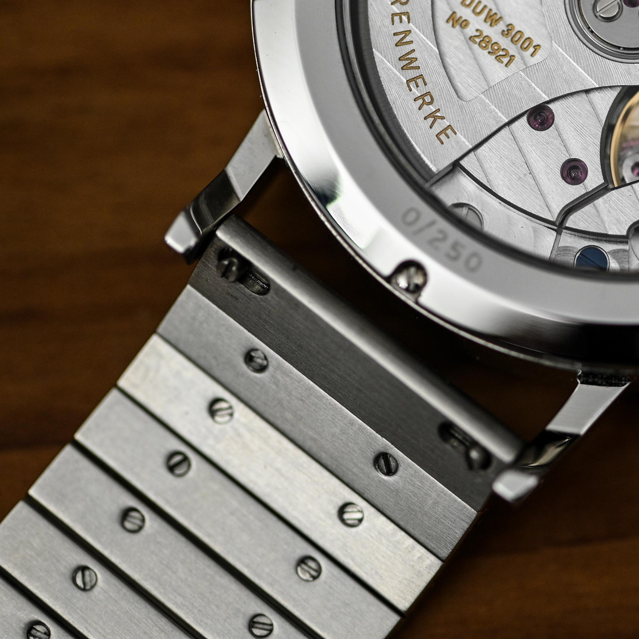NOMOS Ahoi Neomatik Doctors Without Borders Limited Edition - review - 7