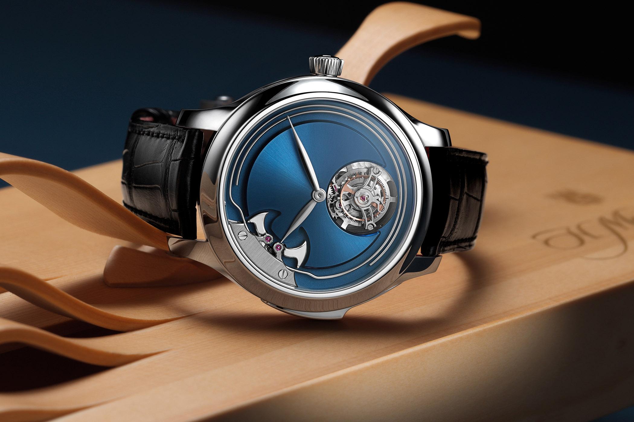 H. Moser & Cie. Endeavour Concept Minute Repeater Tourbillon titanium blue dial
