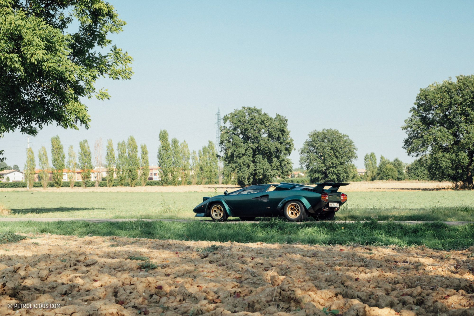 Marco-Annunziata-Lamborghini-Countach-LP400S-Verde-Pino-21-2000x1333
