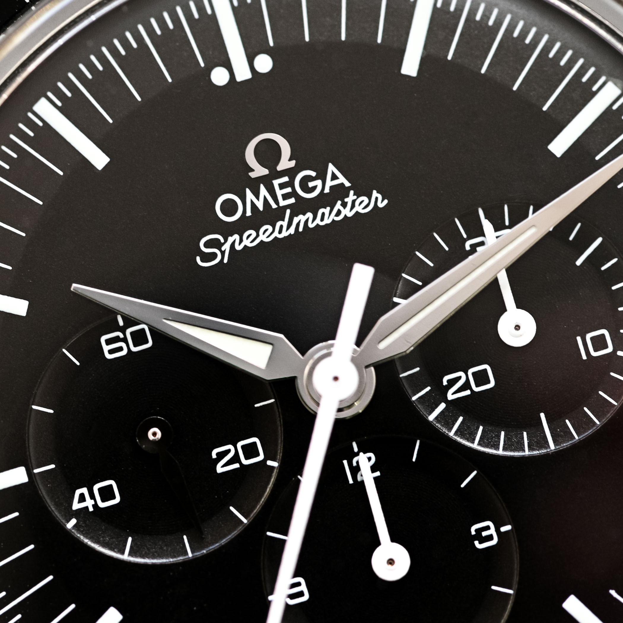 Omega Speedmaster First Omega in Space FOiS - Discontinued Review - 4