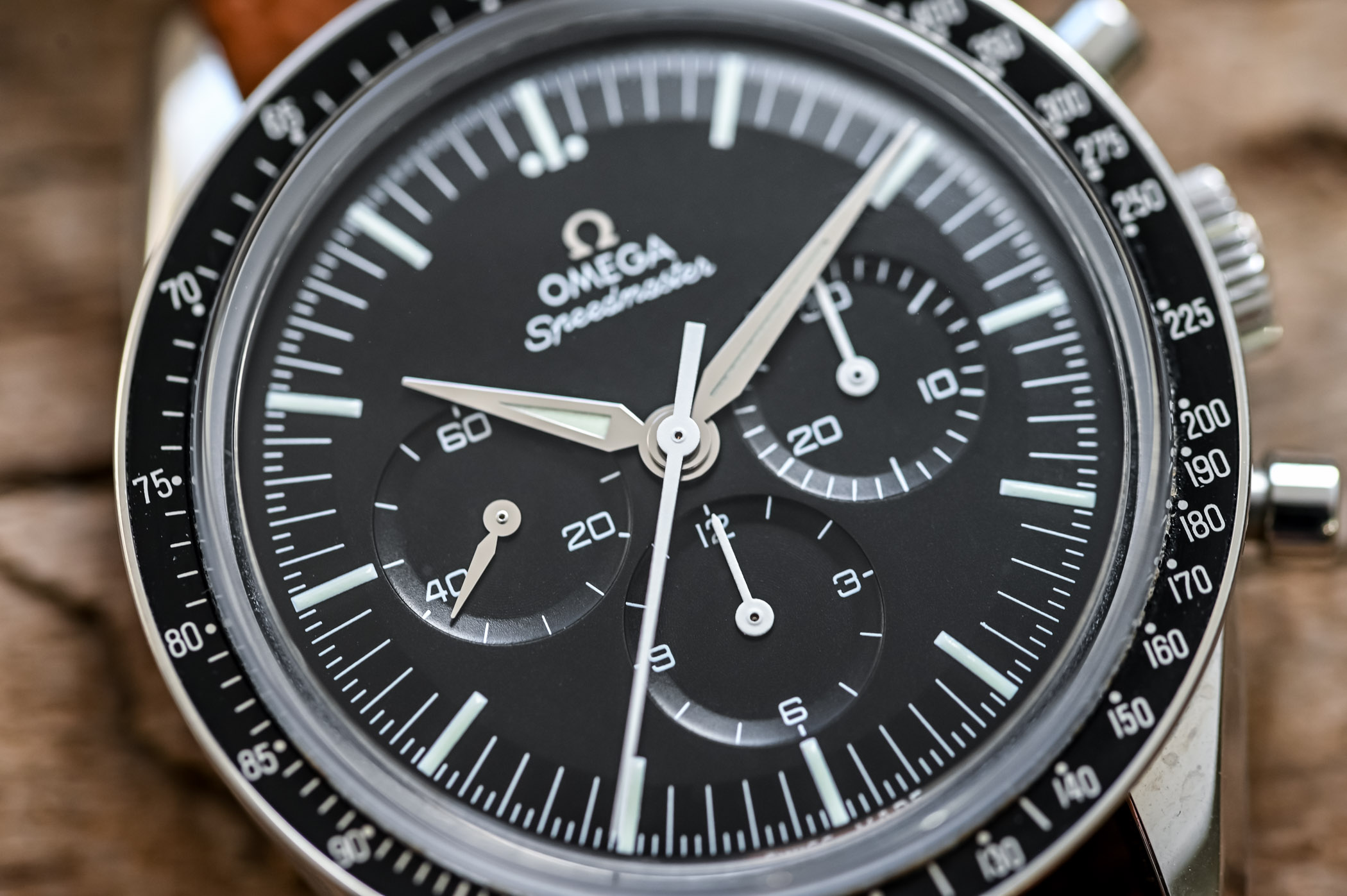 Omega Speedmaster First Omega in Space FOiS - Discontinued Review - 5