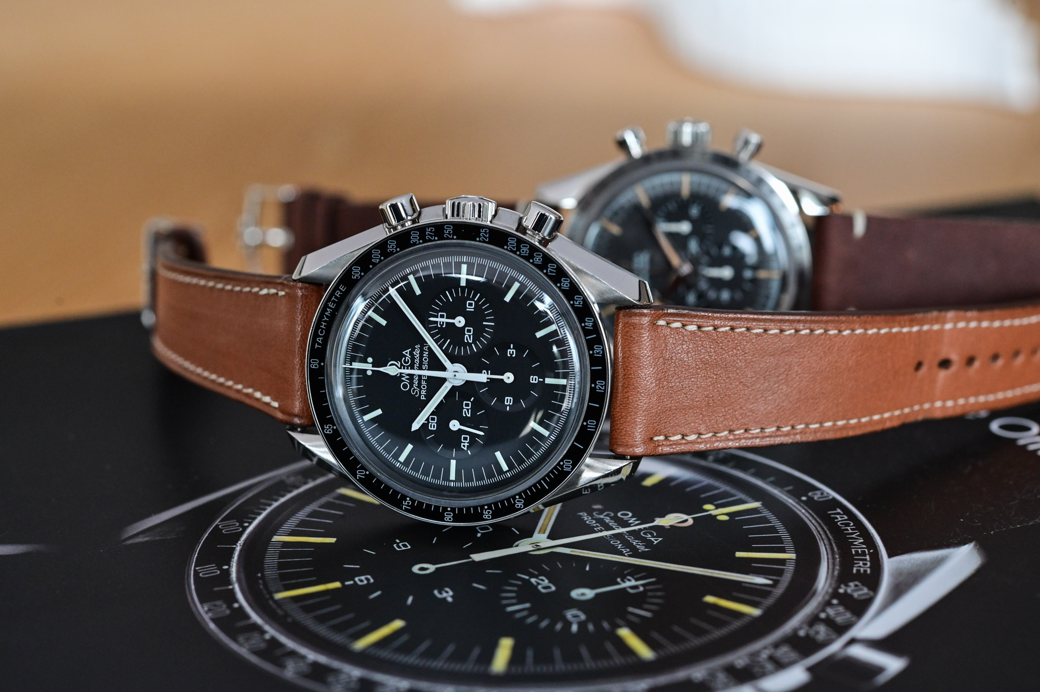 Omega Speedmaster Moonwatch Professional 1861 - comparative review - 11