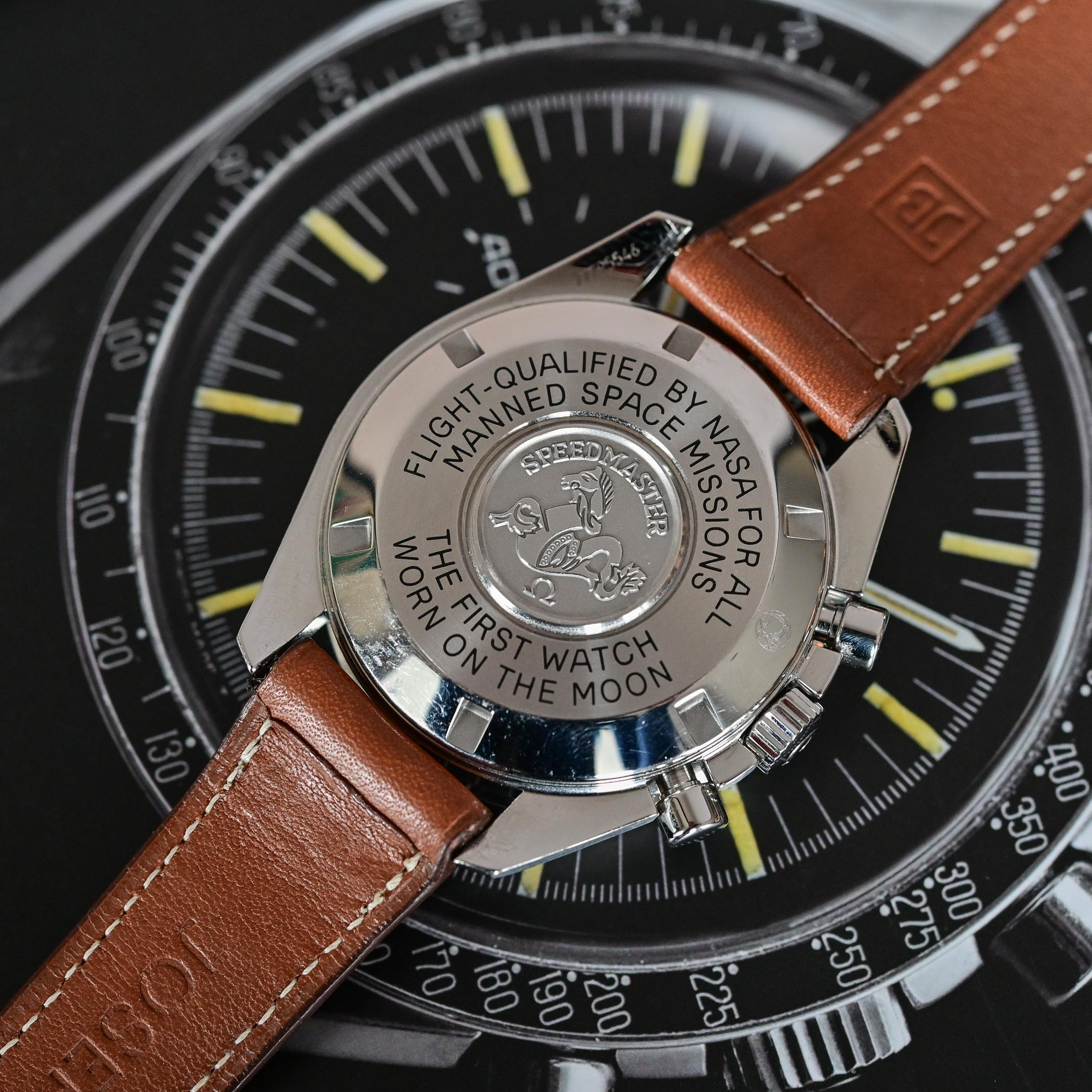 Omega Speedmaster Moonwatch Professional 1861 - comparative review - 3