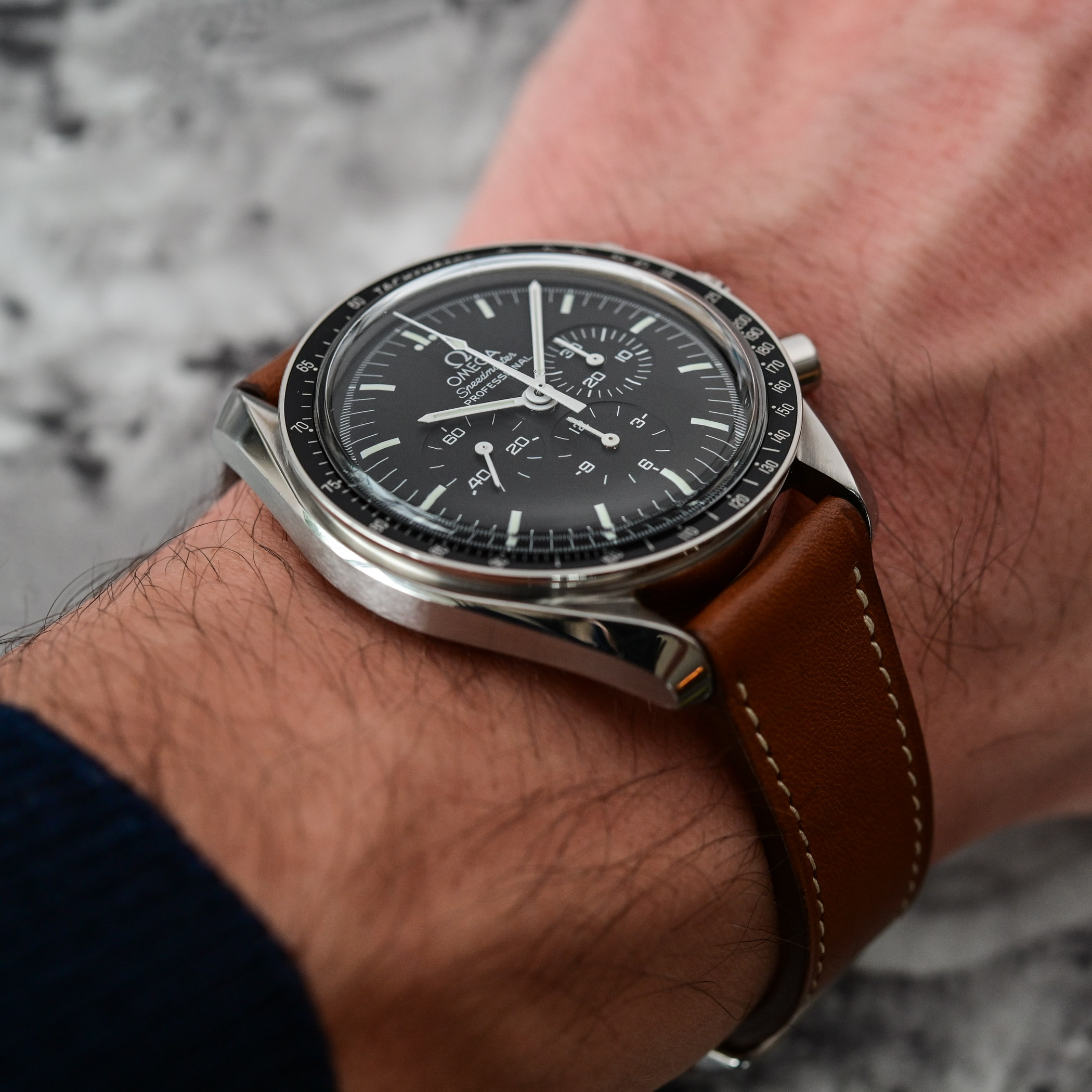 Omega Speedmaster Moonwatch Professional 1861 - comparative review - 9