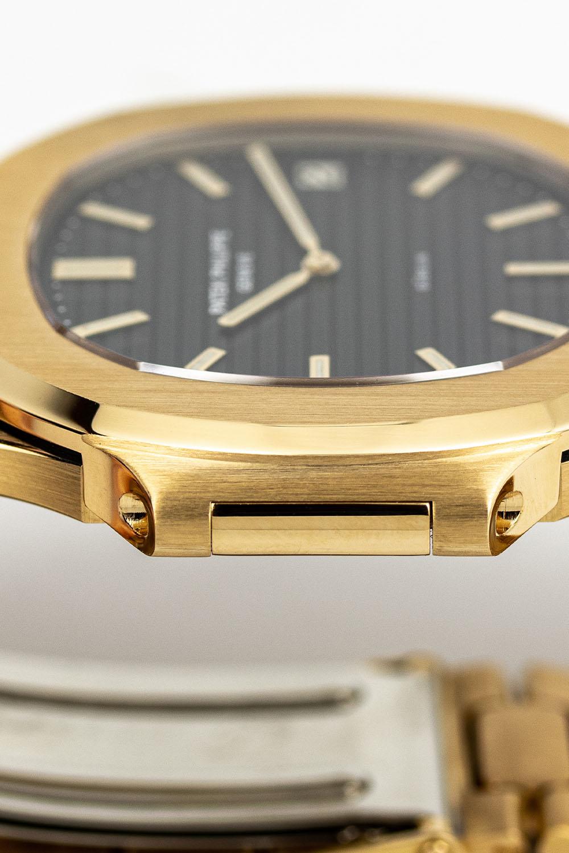 Patek Philippe Nautilus 3700-1J Yellow Gold Gubelin signed - AWCO - 3