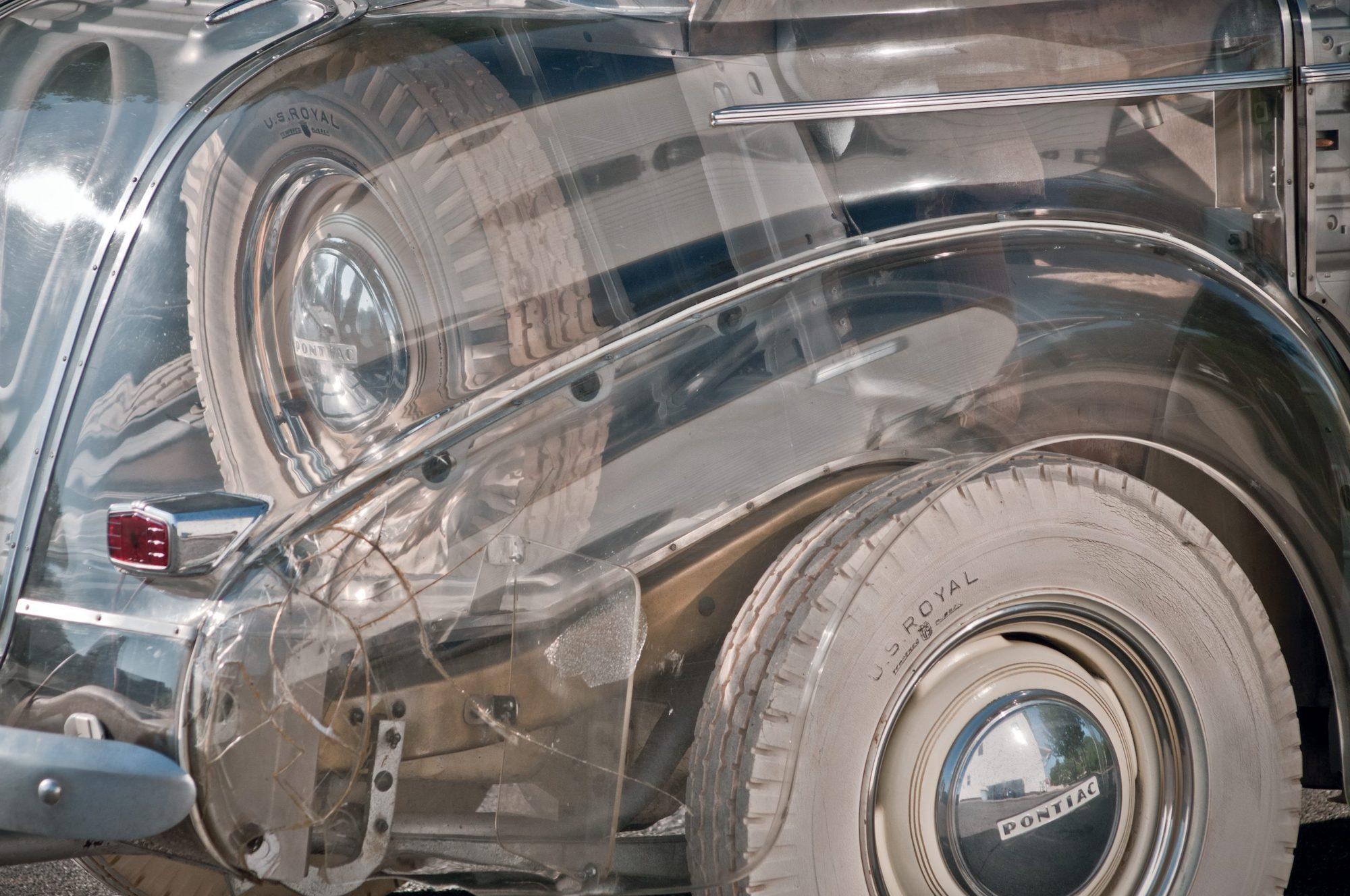 1939-Pontiac-Plexiglas-Deluxe-Six-Ghost-Car-_12-scaled
