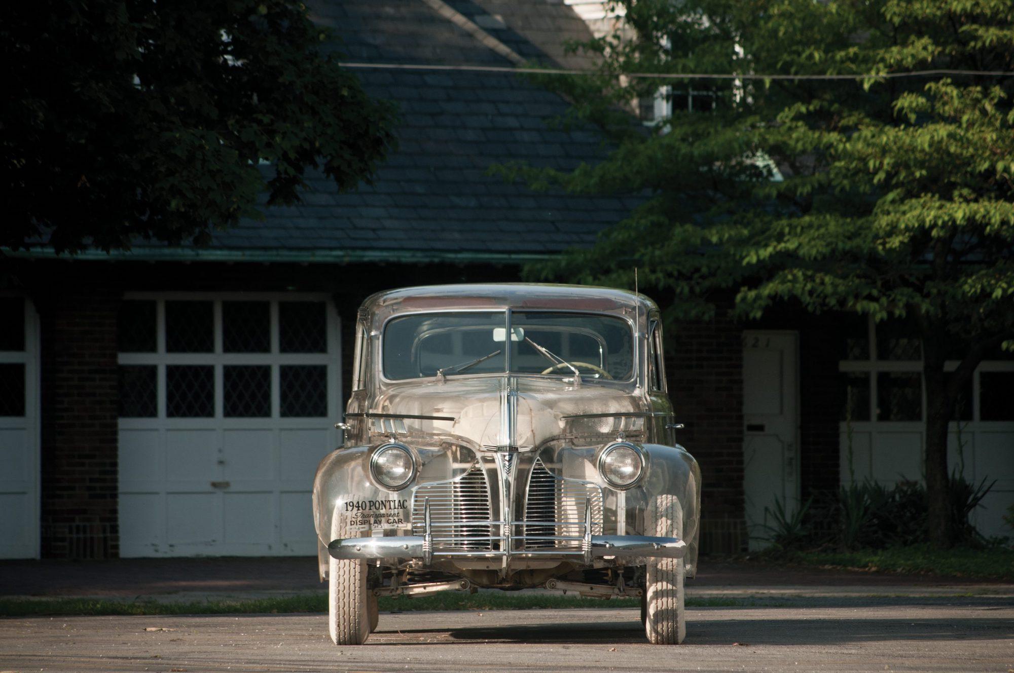 1939-Pontiac-Plexiglas-Deluxe-Six-Ghost-Car-_6-scaled