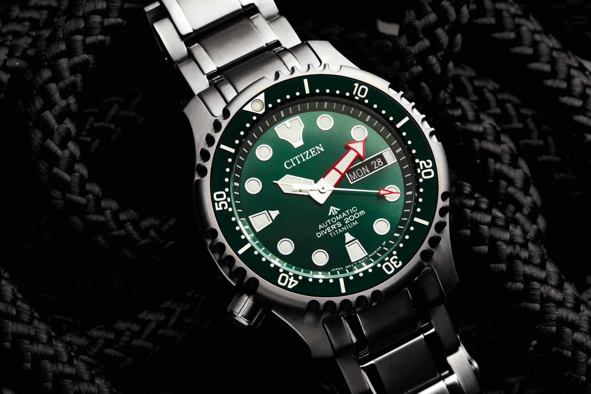 Citizen Promaster Marine Automatic Diver 200m Green Dial Super-Titanium NY0100-50XE
