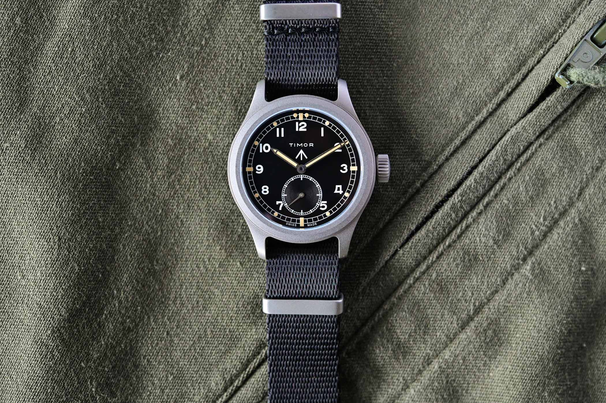 battle of accessible British military-inspired watches - comparative review Hamilton Khaki Pilot Pioneer Mechanical versus Timor Heritage Field - 15
