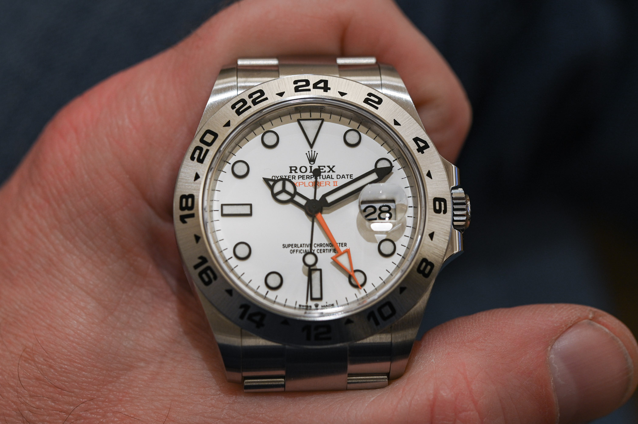 2021 Rolex Explorer II 226570 Polar white - hands-on - 3