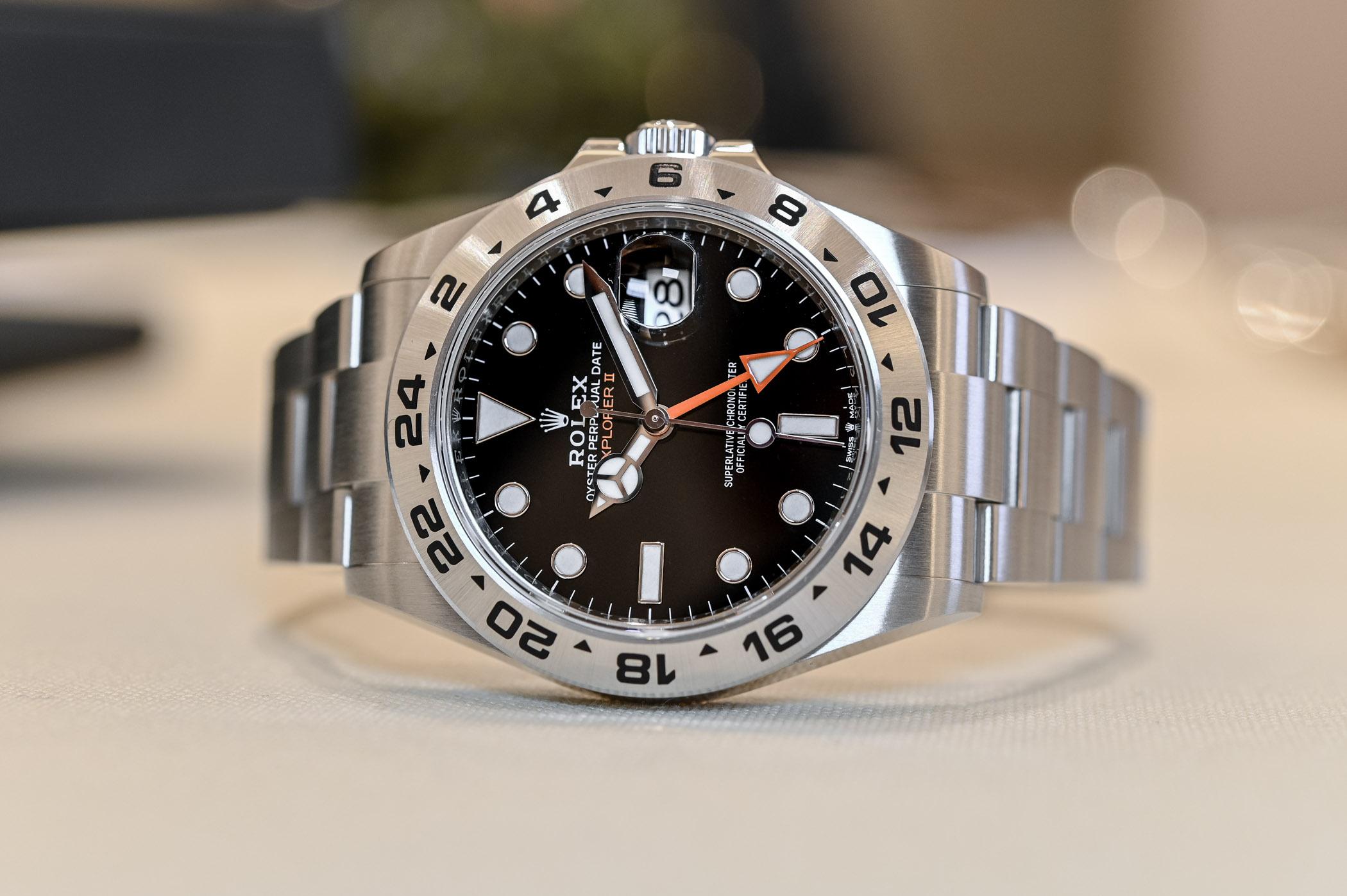 2021 Rolex Explorer II 226570 black - hands-on - 2
