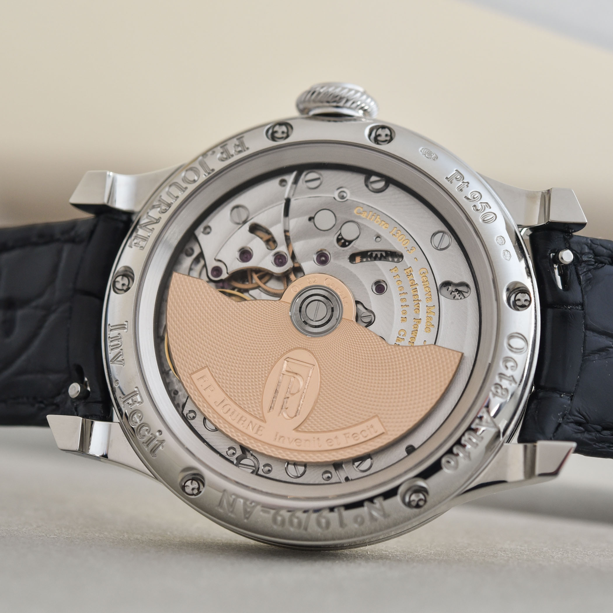 FP Journe Automatique Limited Edition 20th anniversary Octa - review - 13