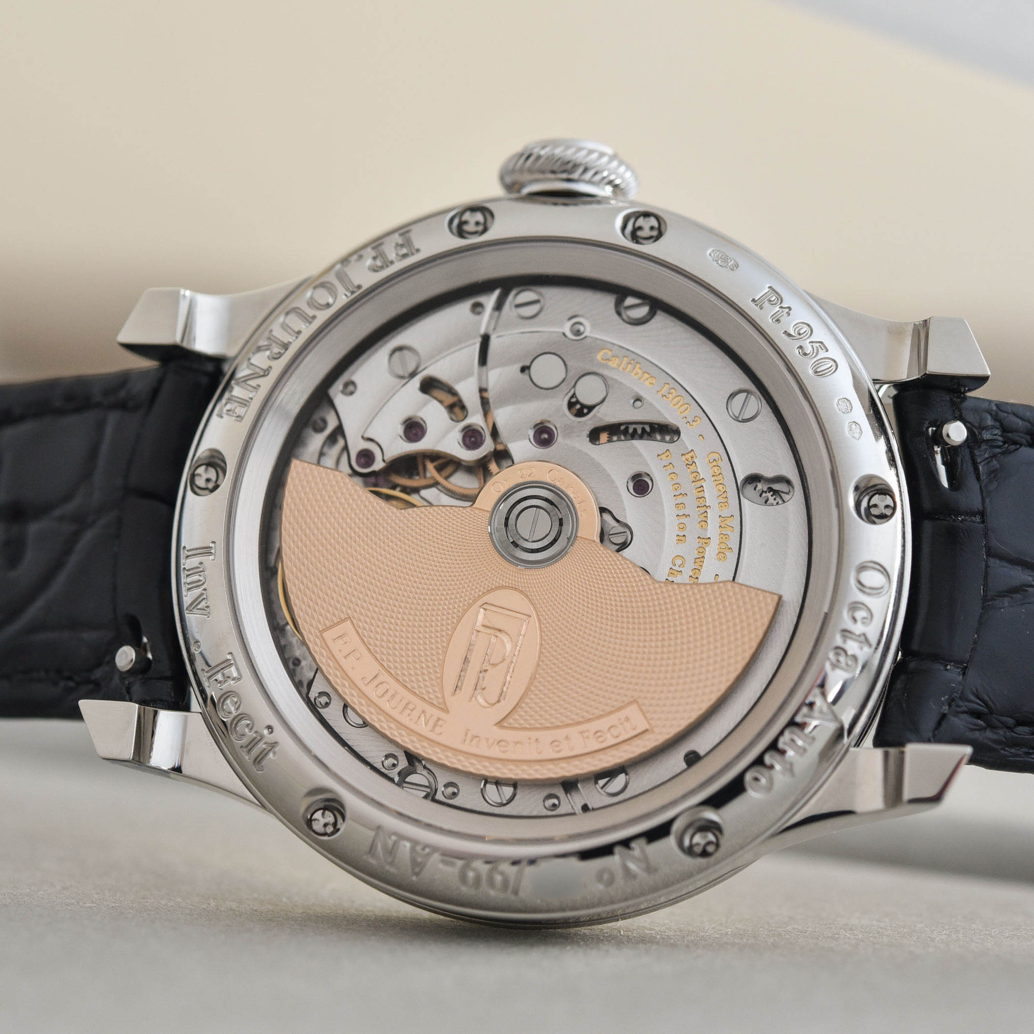 FP-Journe-Automatique-Limited-Edition-20th-anniversary-Octa-review-131