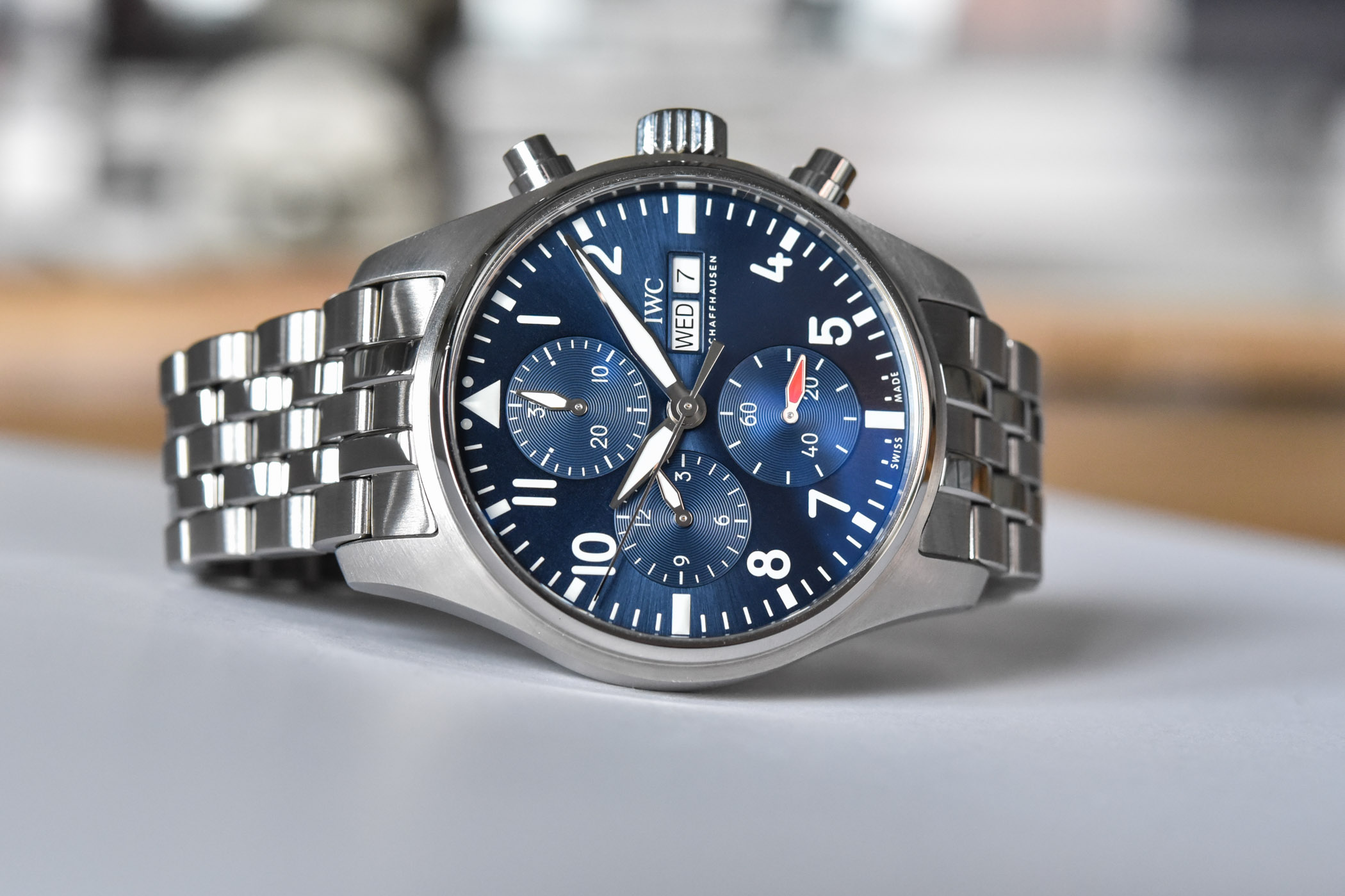 IWC Pilot's Watch Chronograph 41 - IW3881 - review video - 10