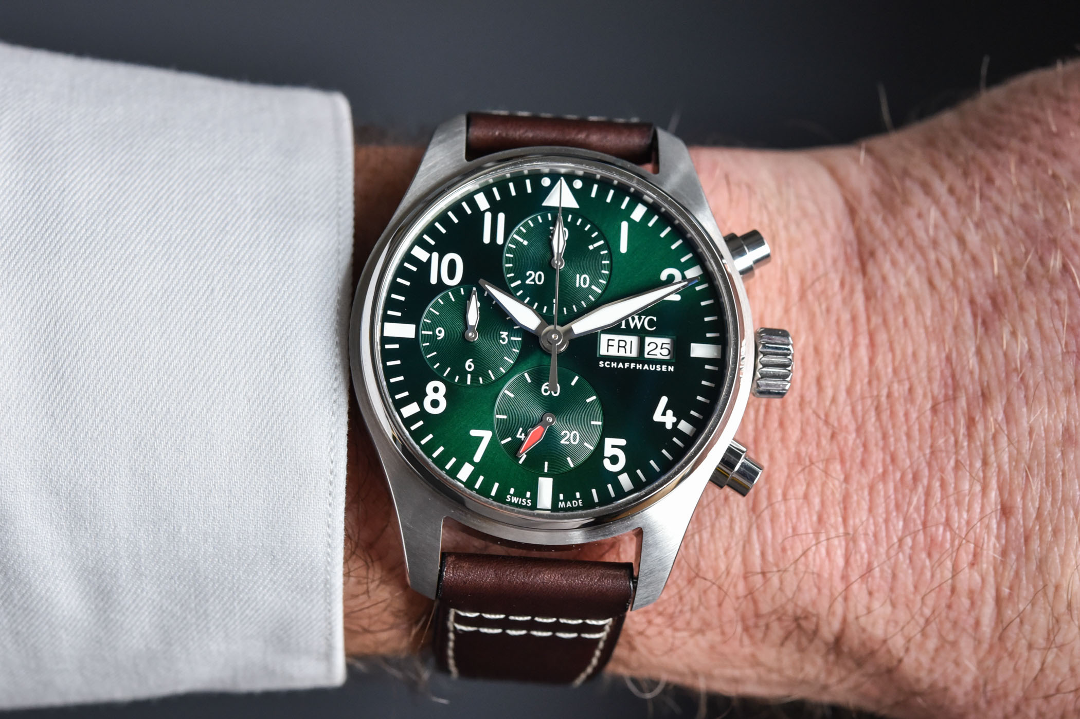 IWC Pilot's Watch Chronograph 41 - IW3881 - review video - 9