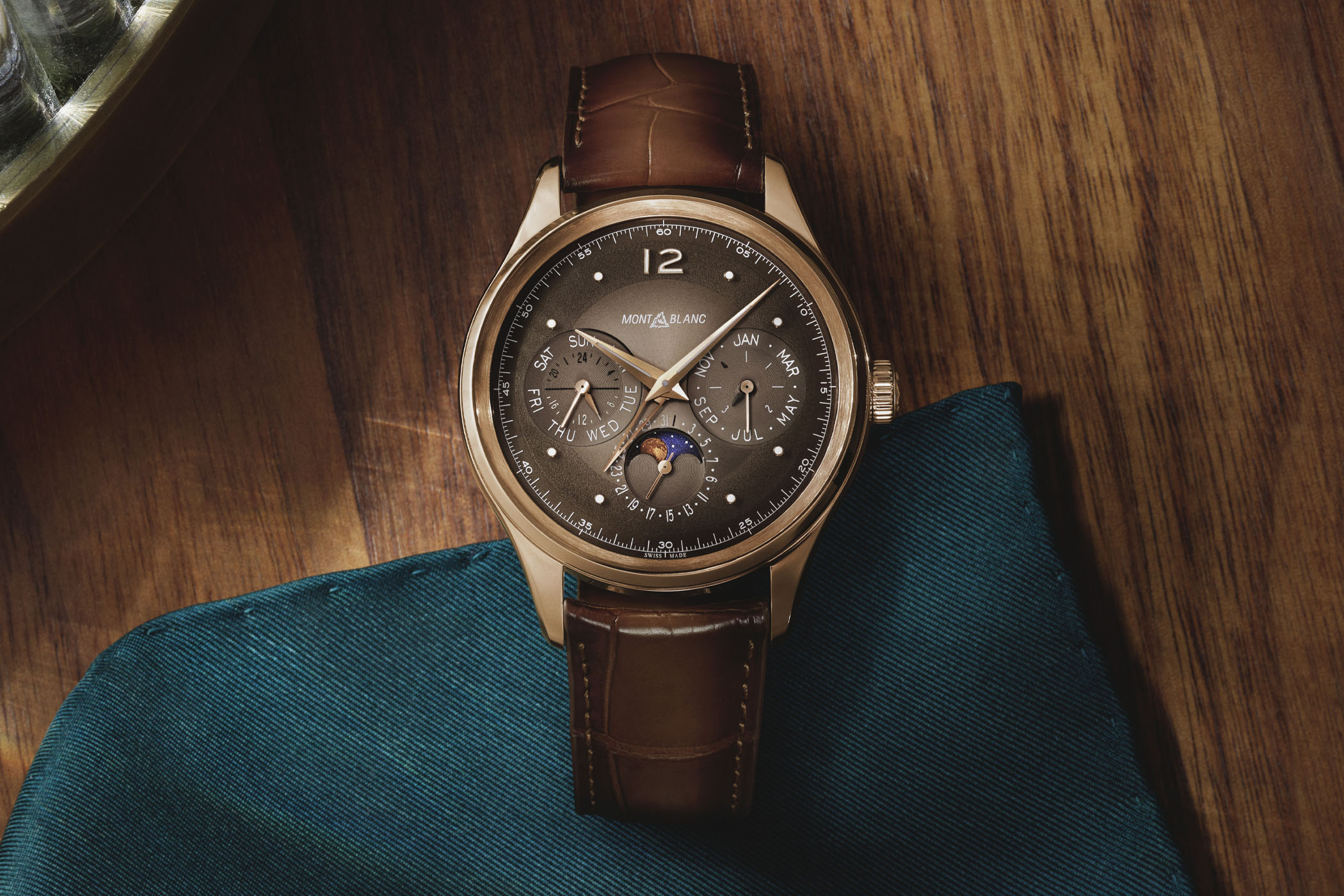 Montblanc Heritage Perpetual Calendar LE100 Rose Gold Brown dial