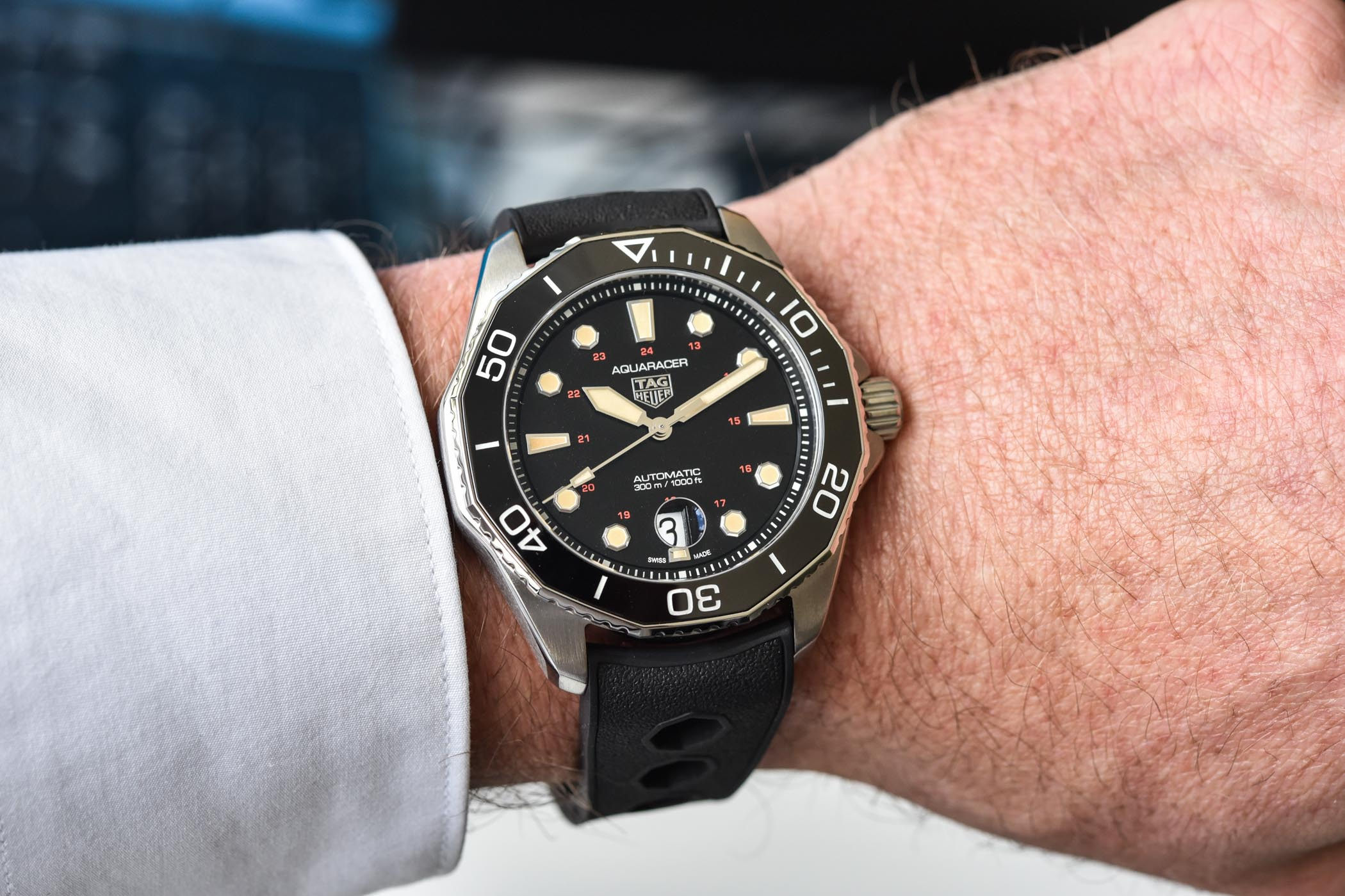TAG Heuer Aquaracer Professional 300 Tribute to Ref 844 - limited edition WBP208C.FT6201