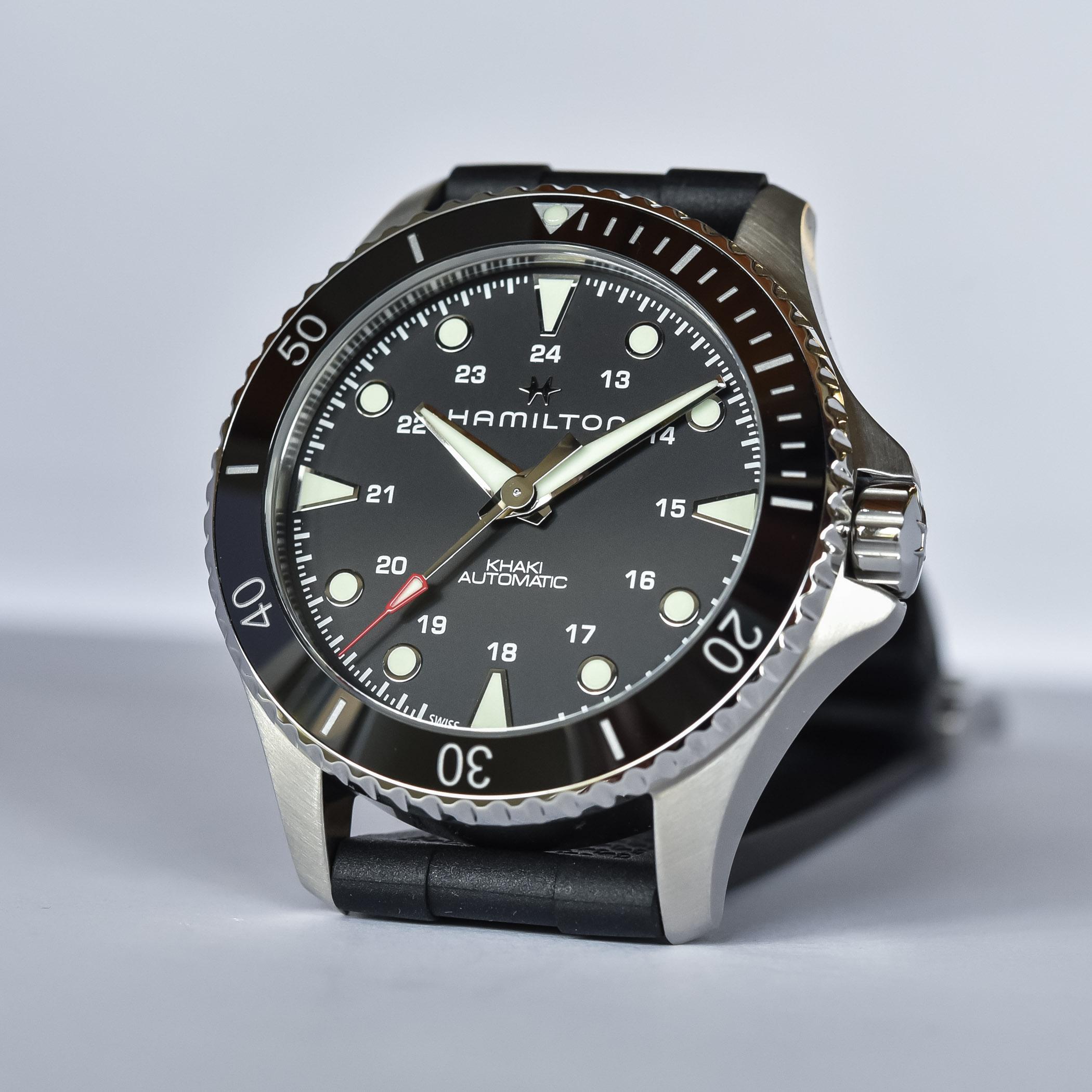 Hamilton Khaki Navy Scuba 43mm Collection 2021 - H82515330