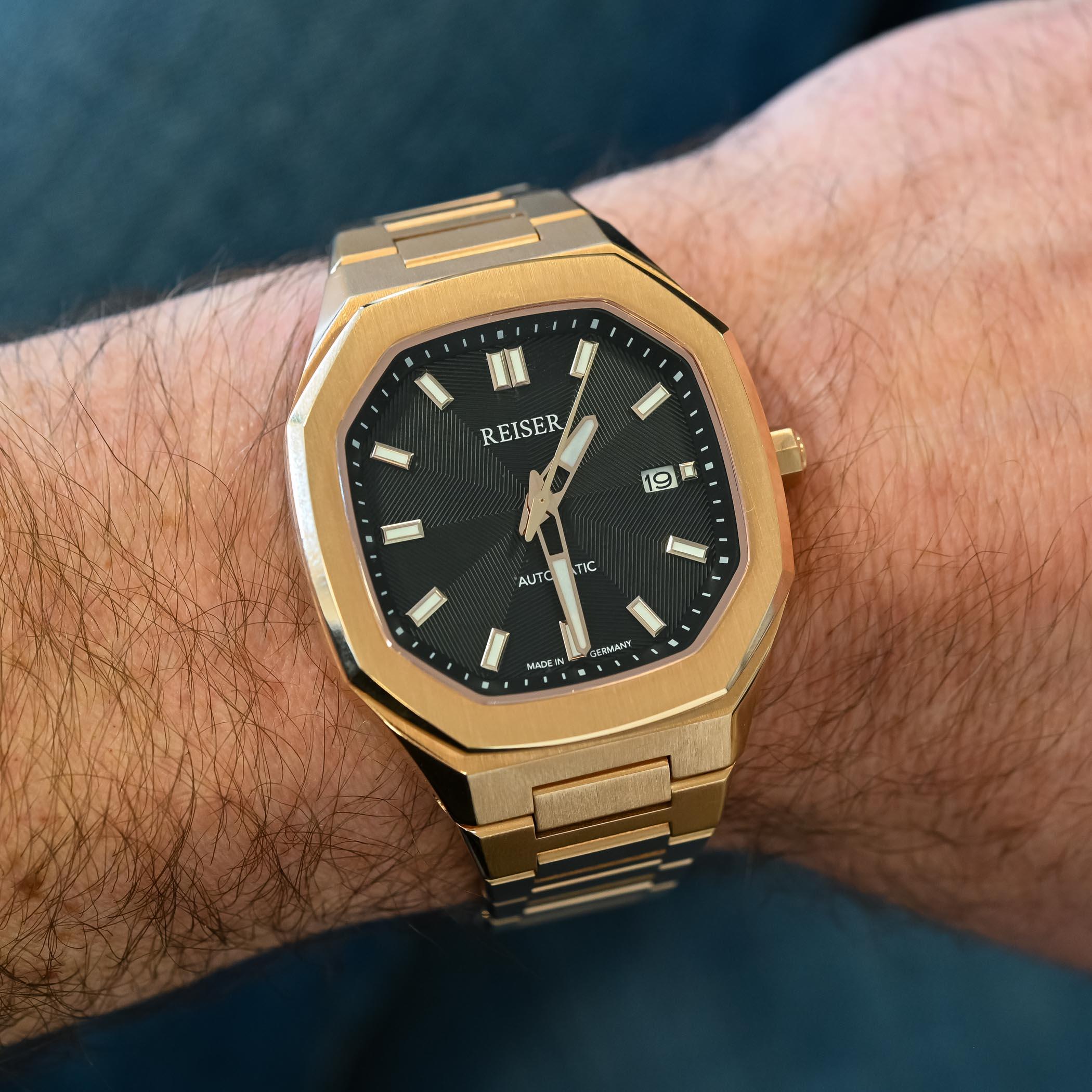 Reiser Alpen Date Watch - value proposition hands-on - 4